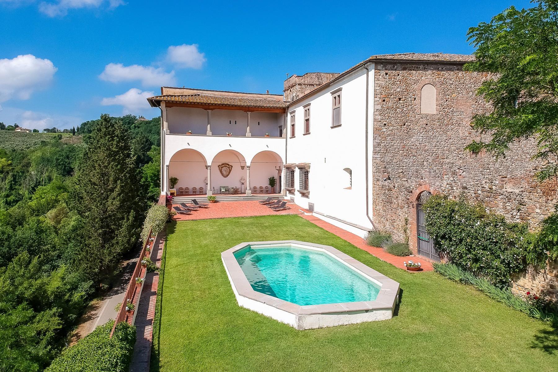 Schloss aus der Renaissance im Chianti Gebiet - 3