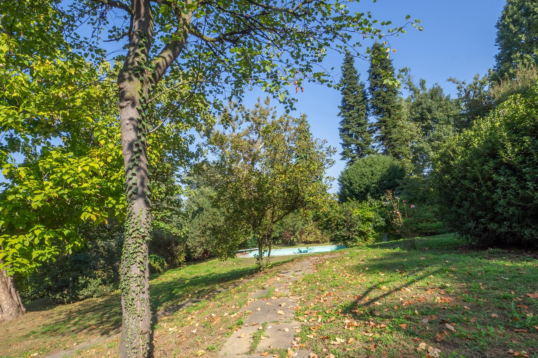 Villa with private park and  swimming pool in the hill of Turin - 22