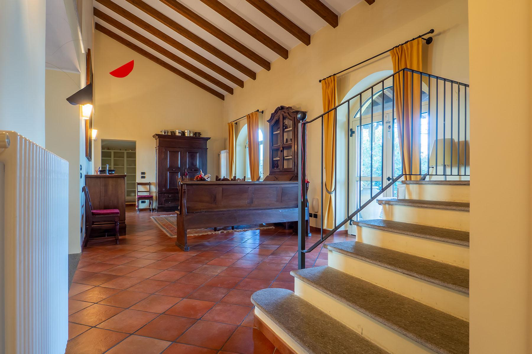Magnificent Villa surrounded by the green hills of Monferrato - 5