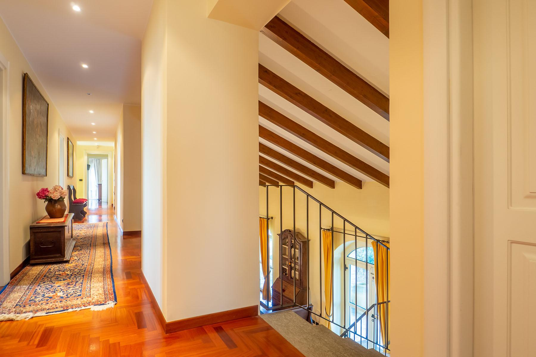 Magnificent Villa surrounded by the green hills of Monferrato - 7
