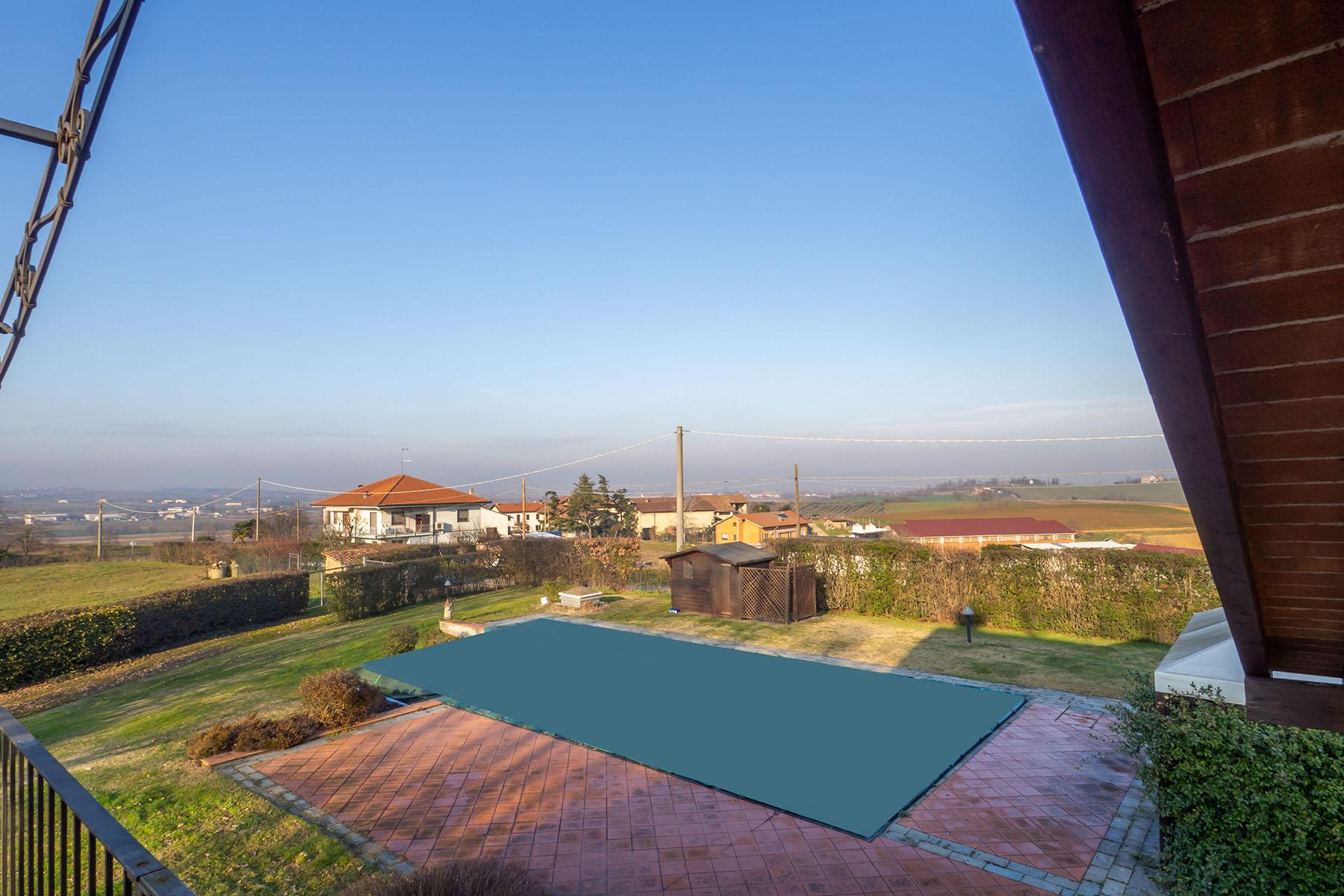 Magnificent Villa surrounded by the green hills of Monferrato - 22
