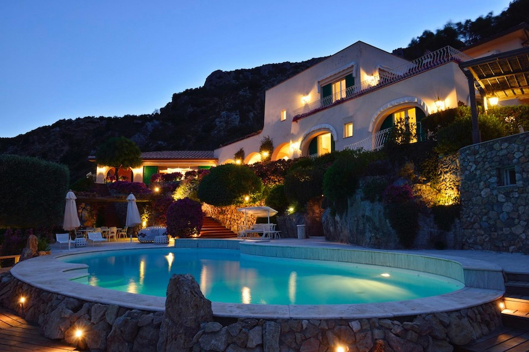 Incredible villa overlooking the sea in Porto Ercole - 12