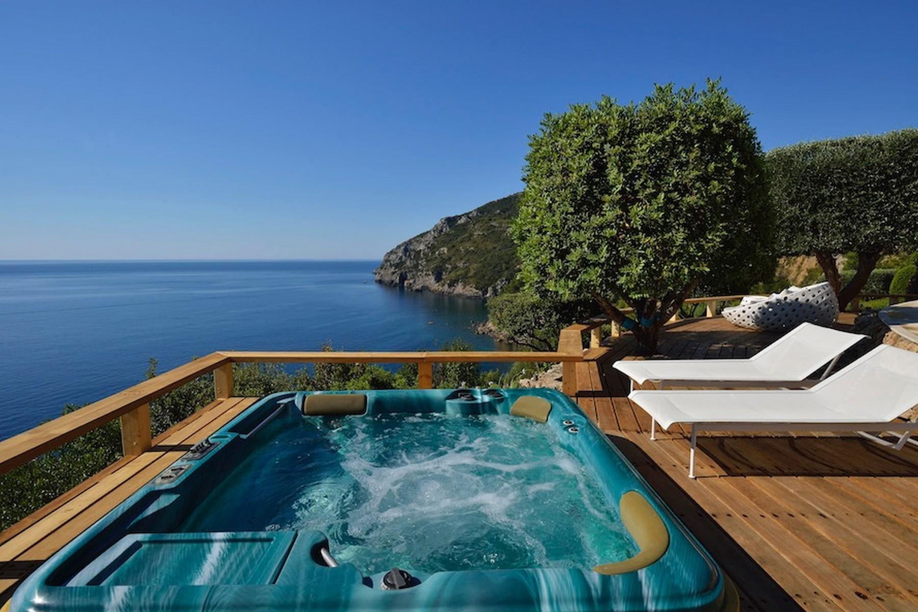 Incredible villa overlooking the sea in Porto Ercole - 22