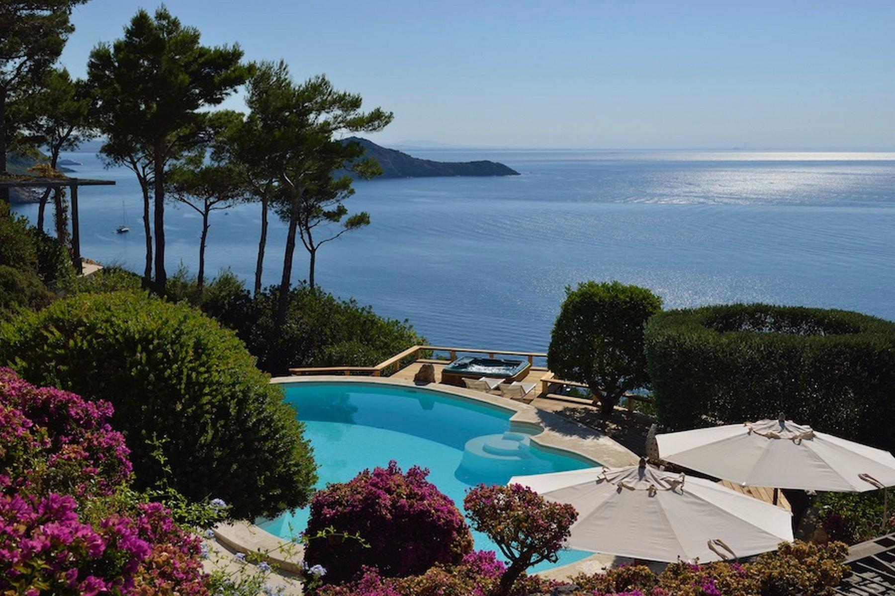 Incredible villa overlooking the sea in Porto Ercole - 11