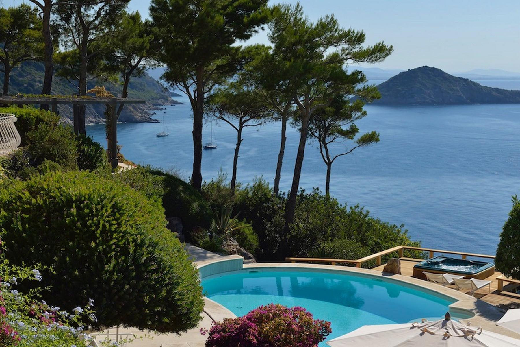 Incredible villa overlooking the sea in Porto Ercole - 15