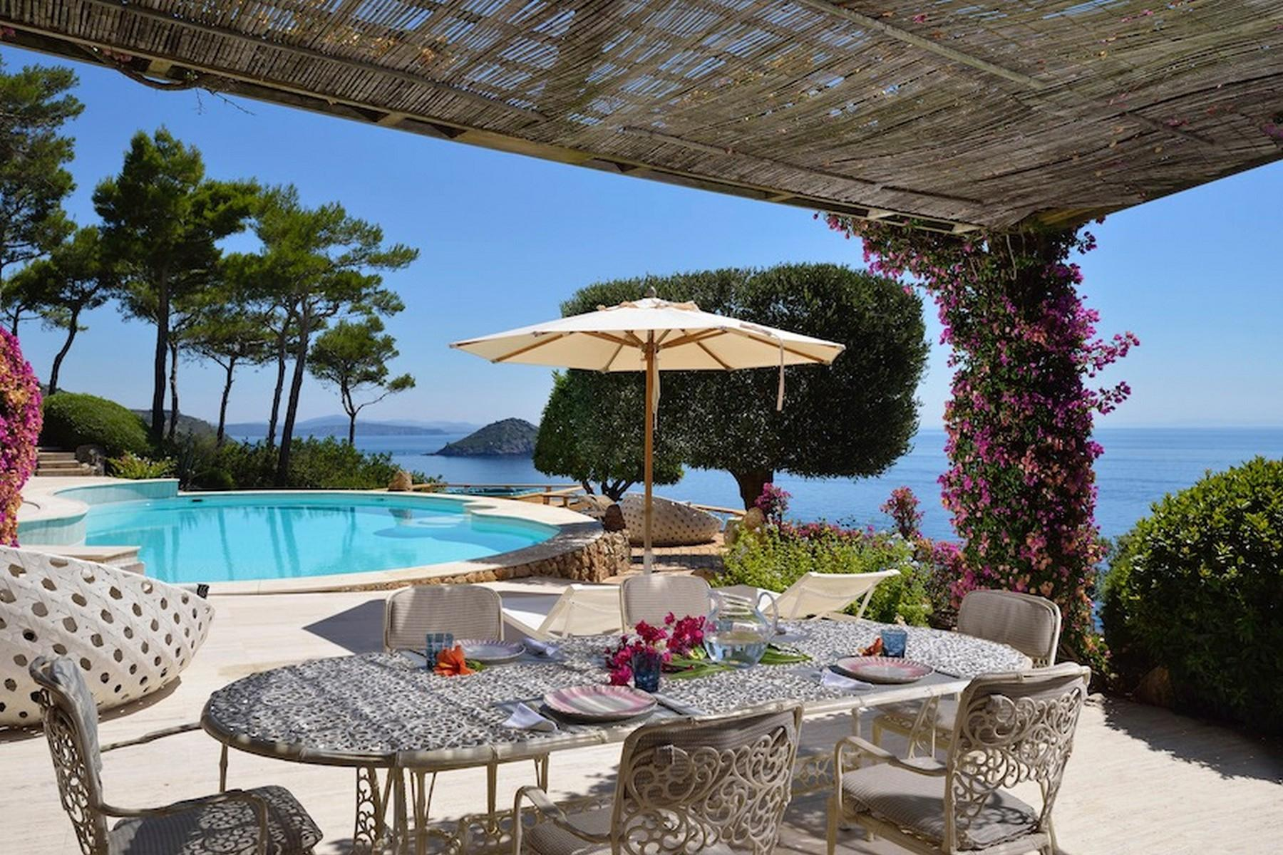 Incredible villa overlooking the sea in Porto Ercole - 20