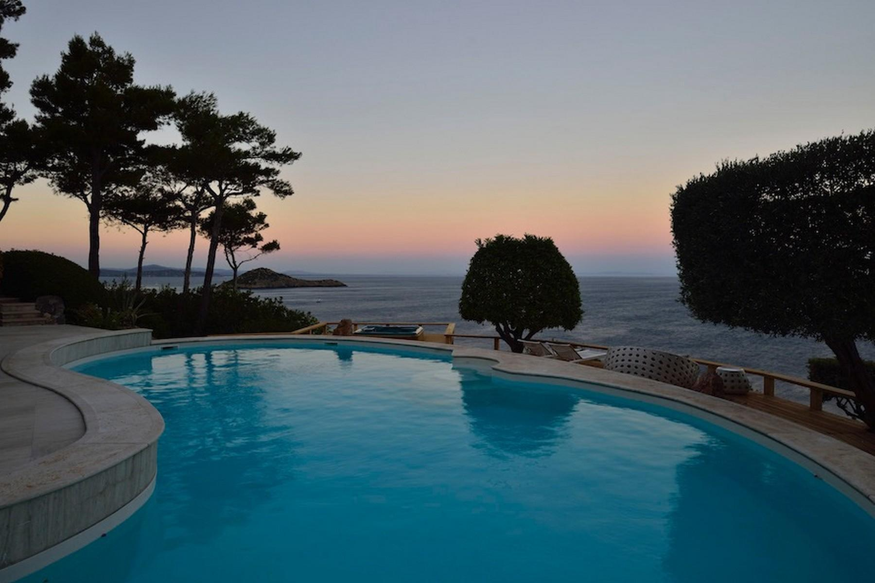 Incredible villa overlooking the sea in Porto Ercole - 3