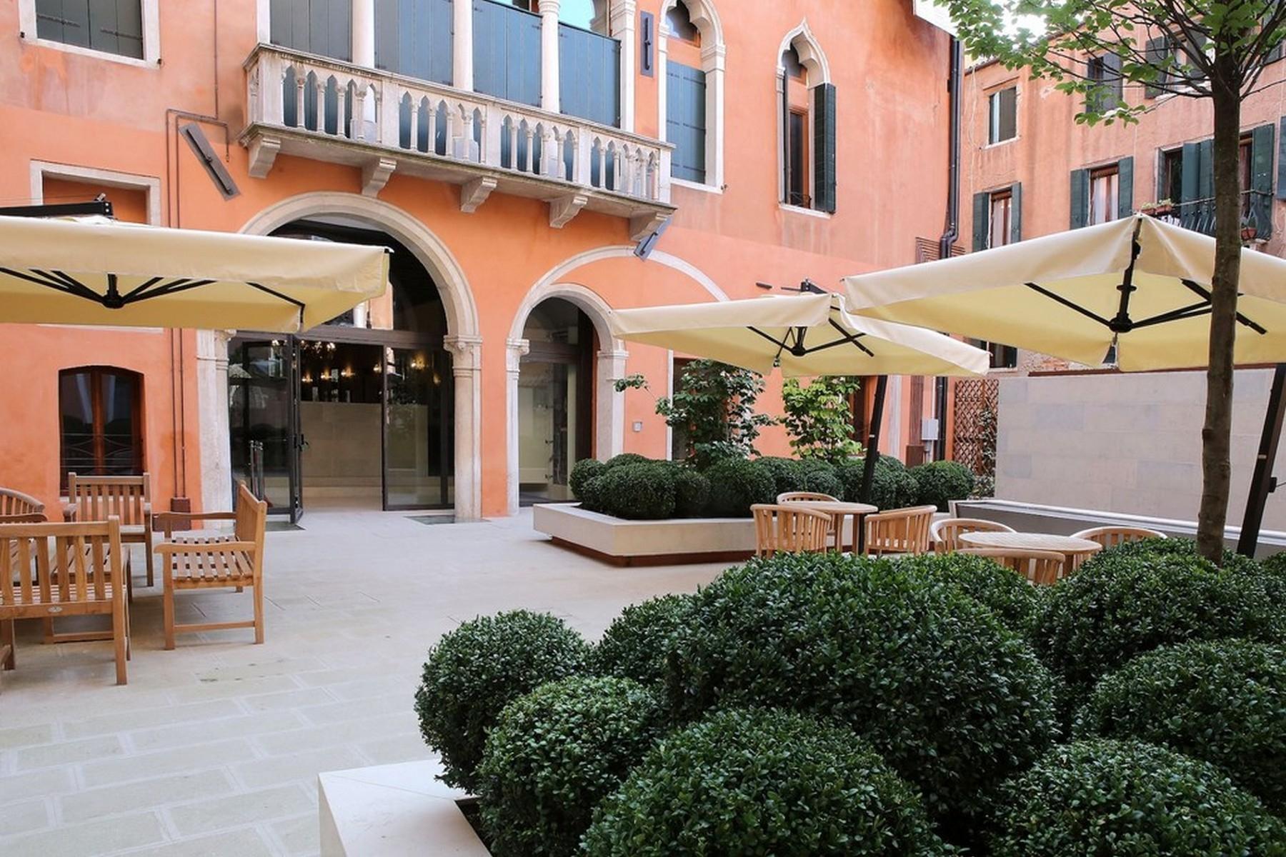 Tiepolo Palazzo Molin - 15