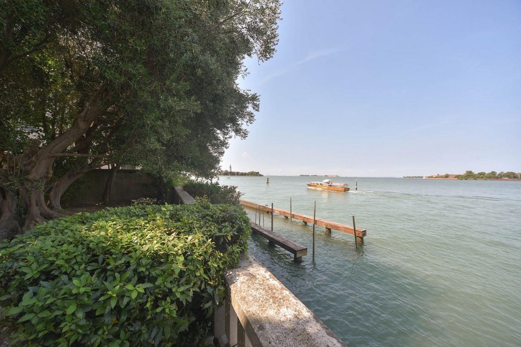 Liberty Villa fronte mare in zona Lido - 3
