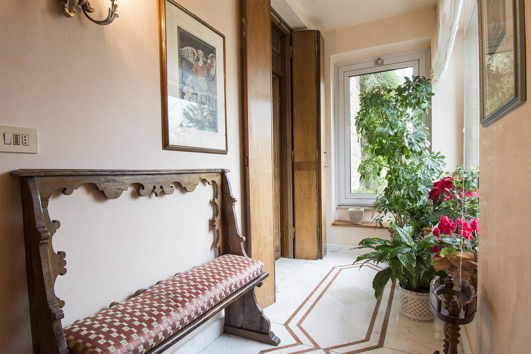 Villa immersa nel verde a Via Bolognese - 5