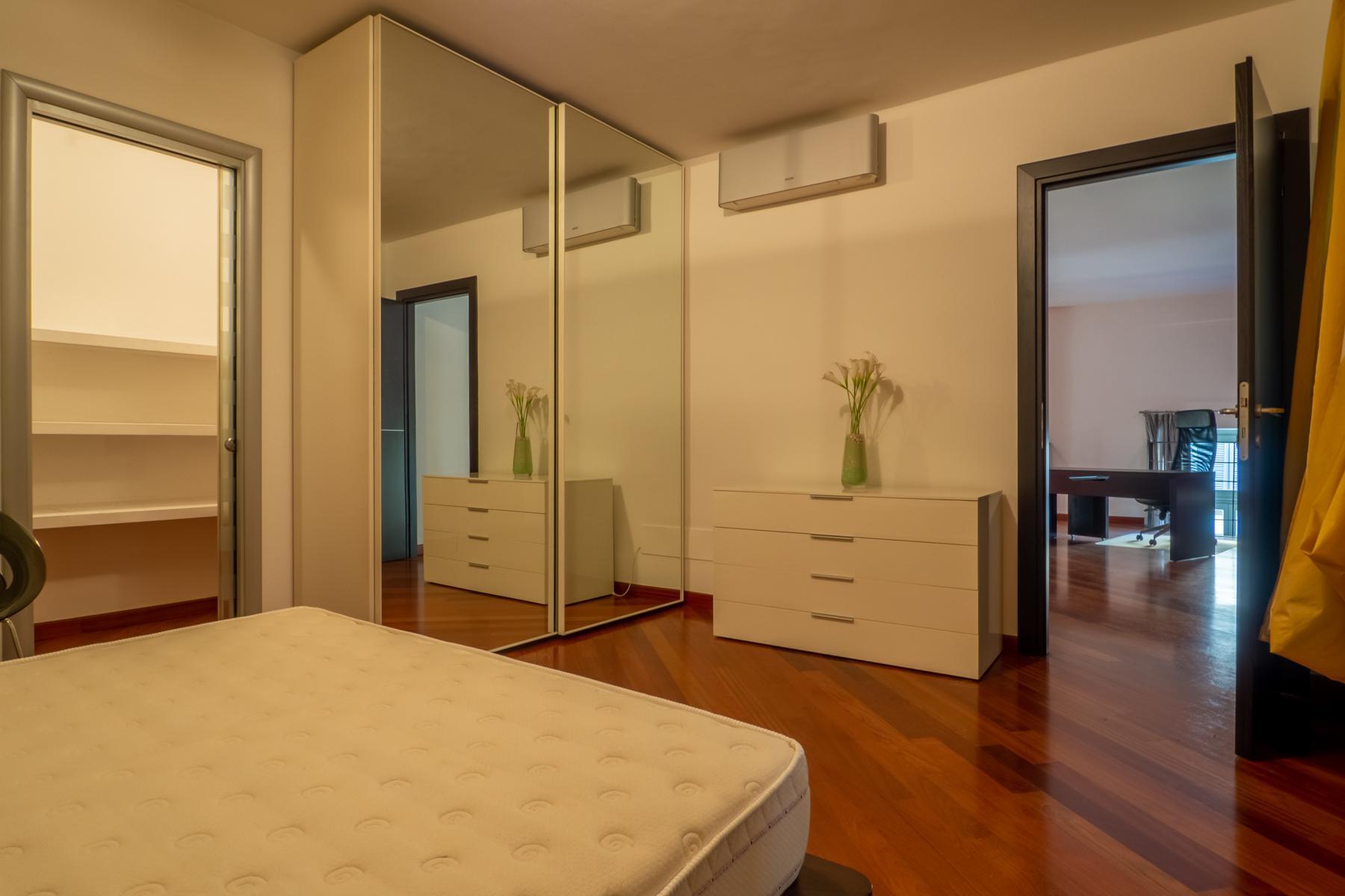 Современная квартира в центре Турина - 15