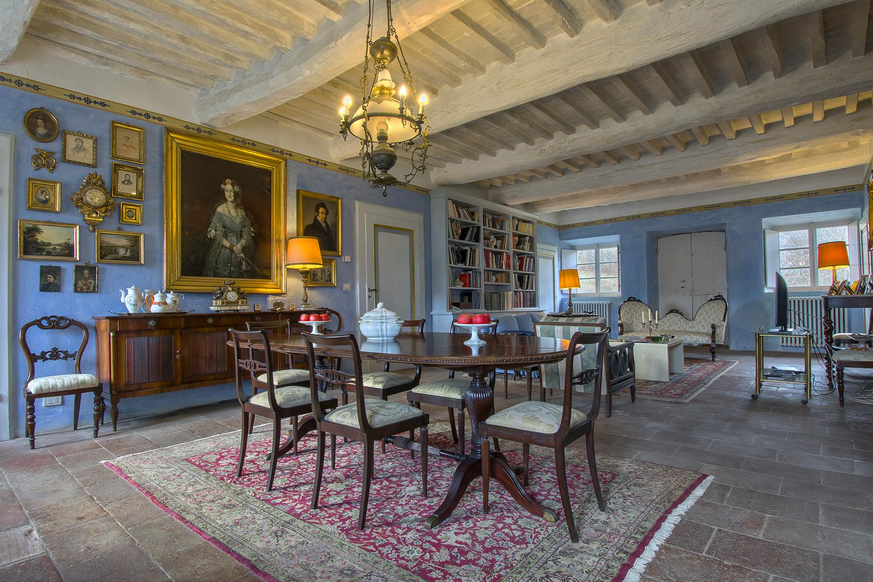 Villa historique près d'un village toscan médiéval - 1