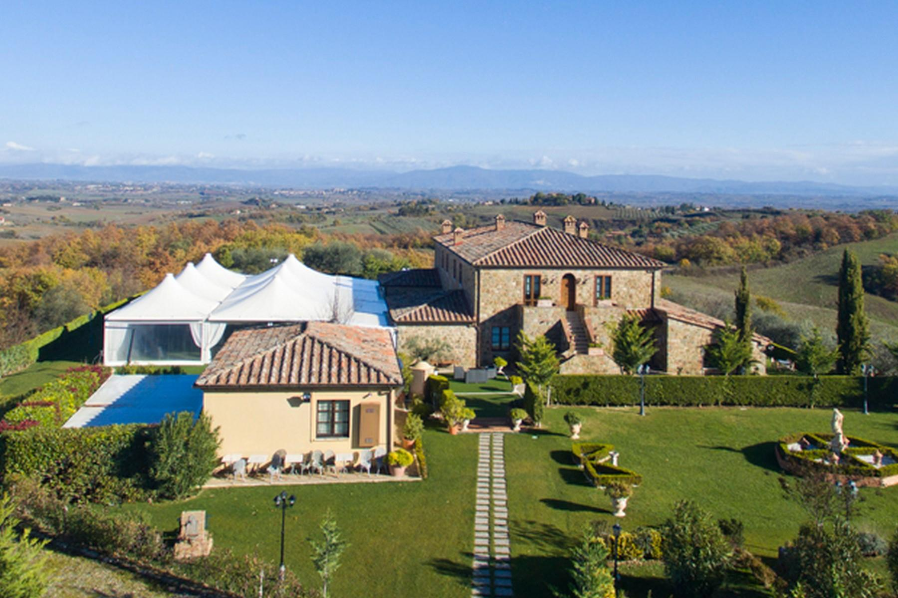 Beautiful Boutique Hotel with Restaurant and SPA in the hills of Torrita di Siena - 14