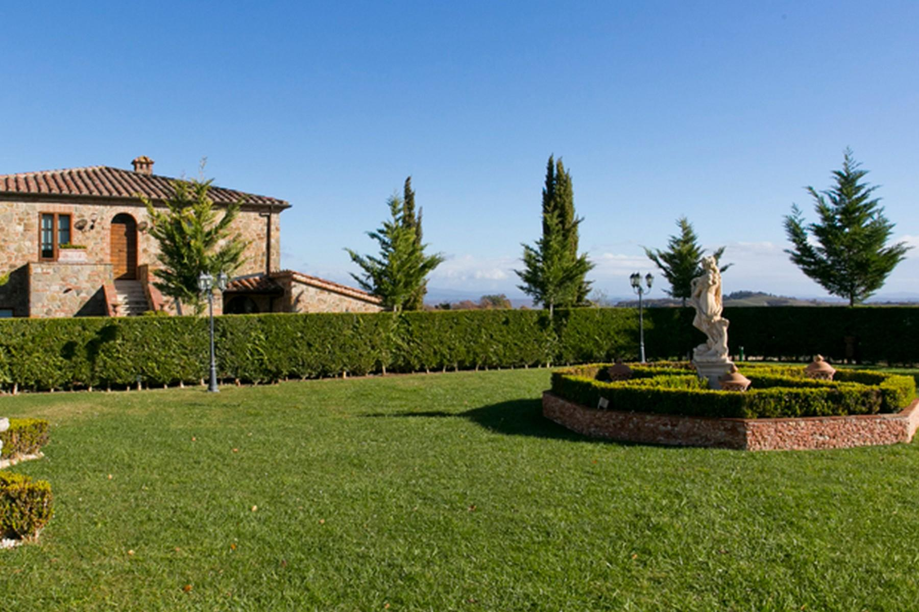 Beautiful Boutique Hotel with Restaurant and SPA in the hills of Torrita di Siena - 24