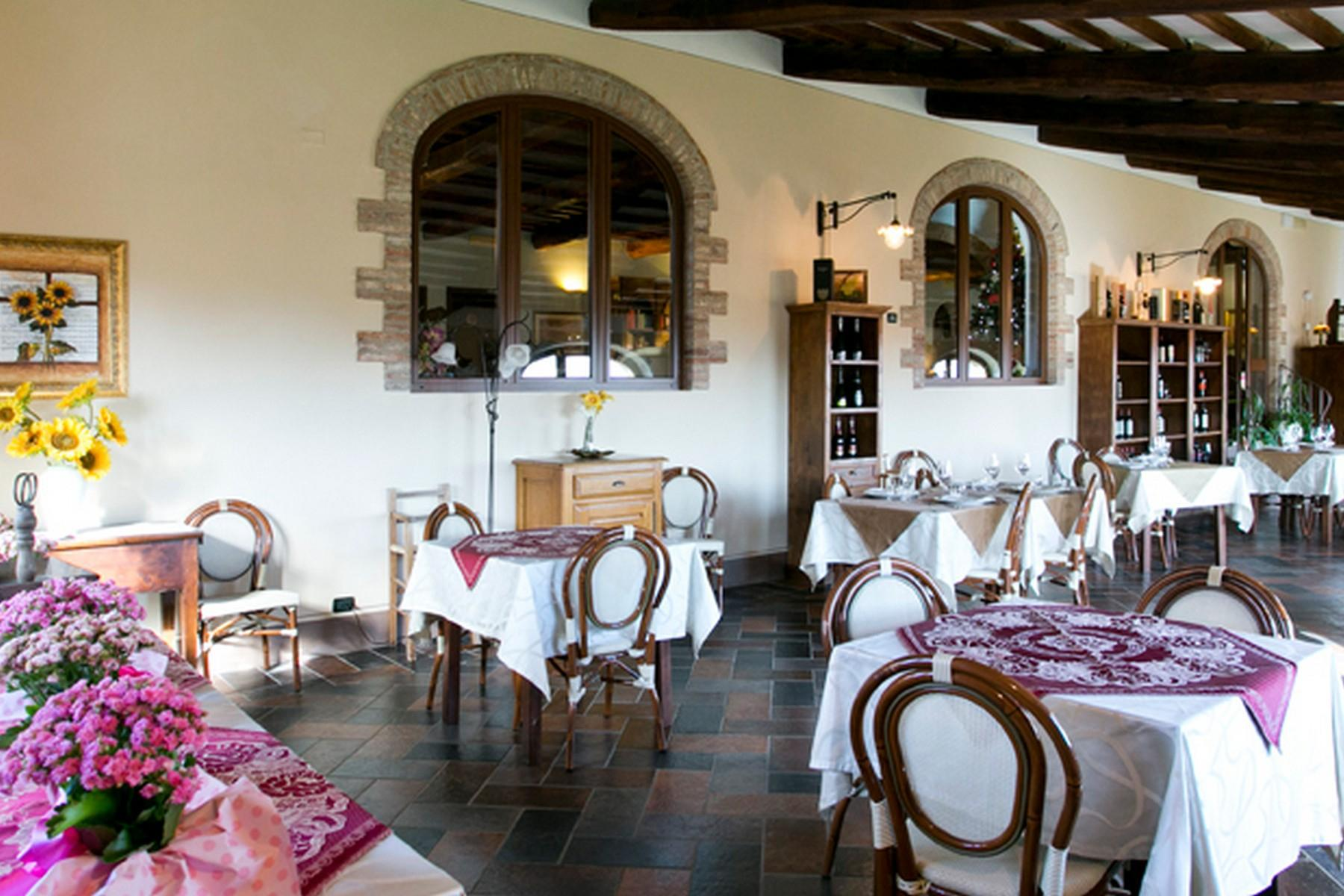 Beautiful Boutique Hotel with Restaurant and SPA in the hills of Torrita di Siena - 33