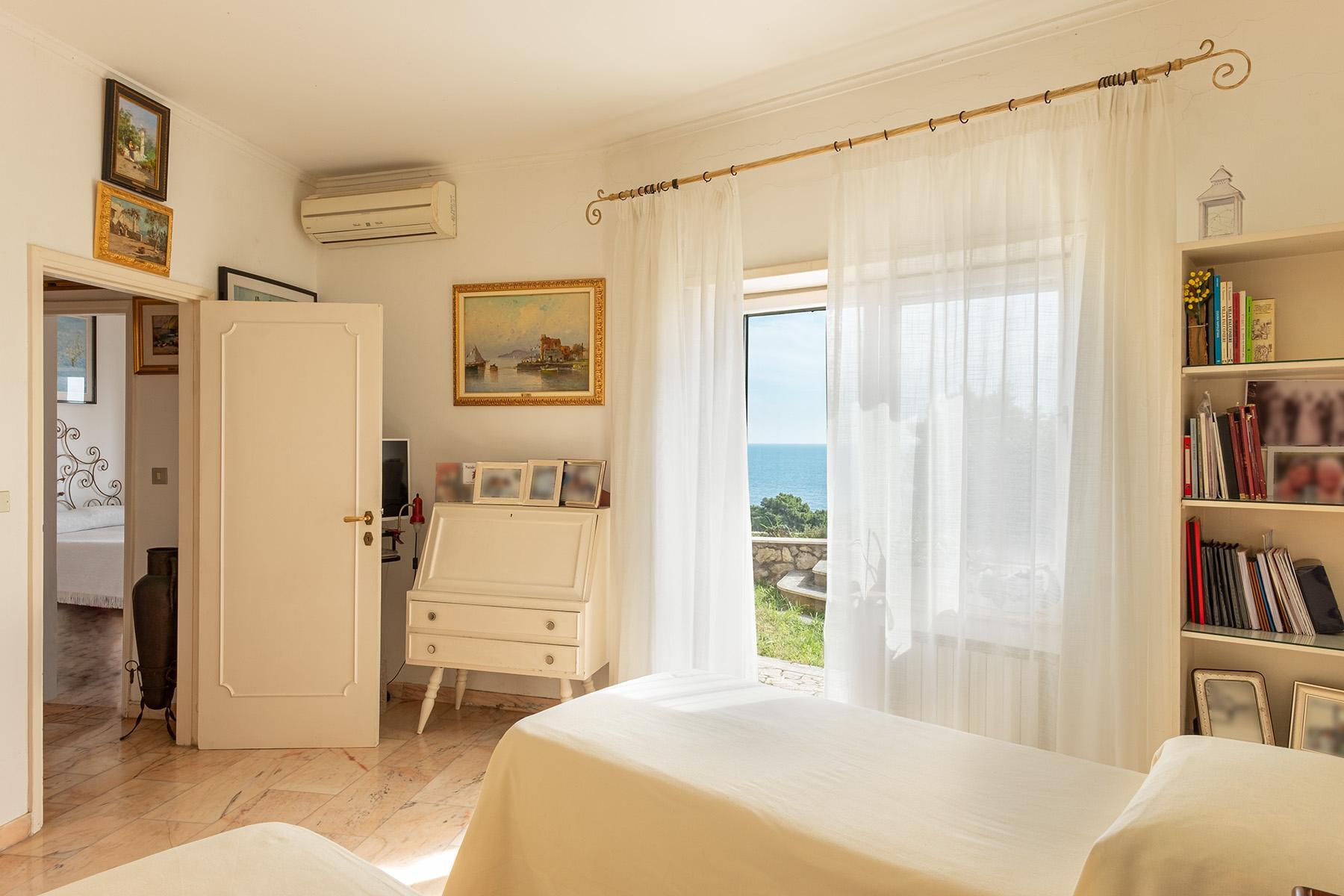 Enchanted villa overlooking the sea - 16