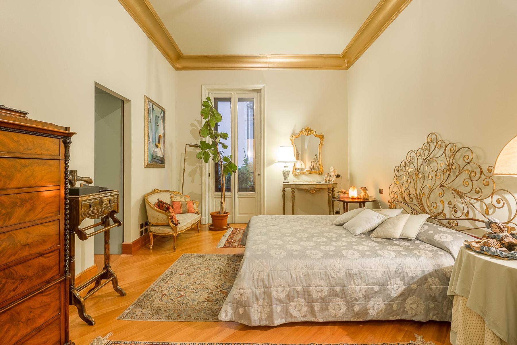 Elegant apartment in the center of Milan - 9