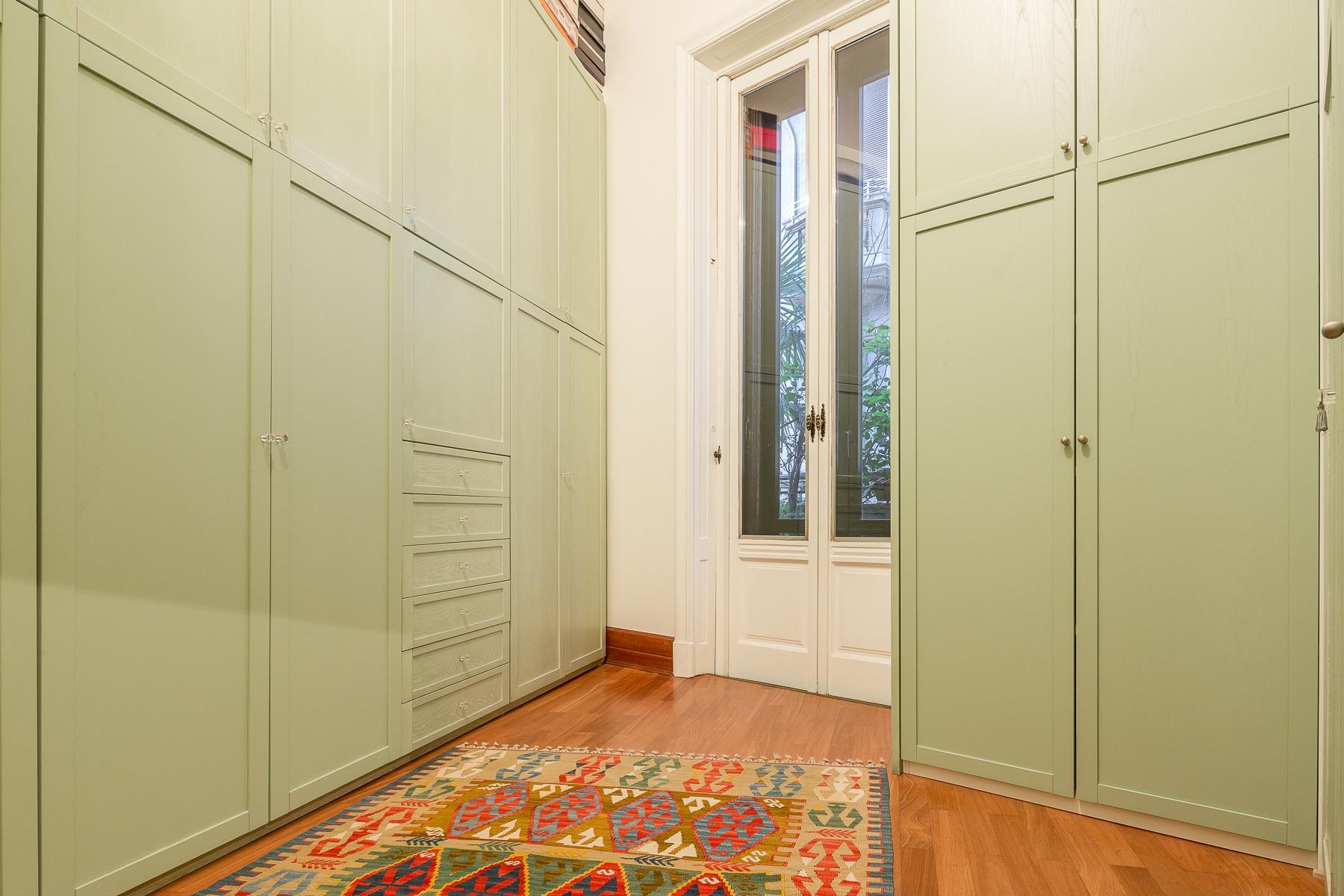 Elegant apartment in the center of Milan - 14