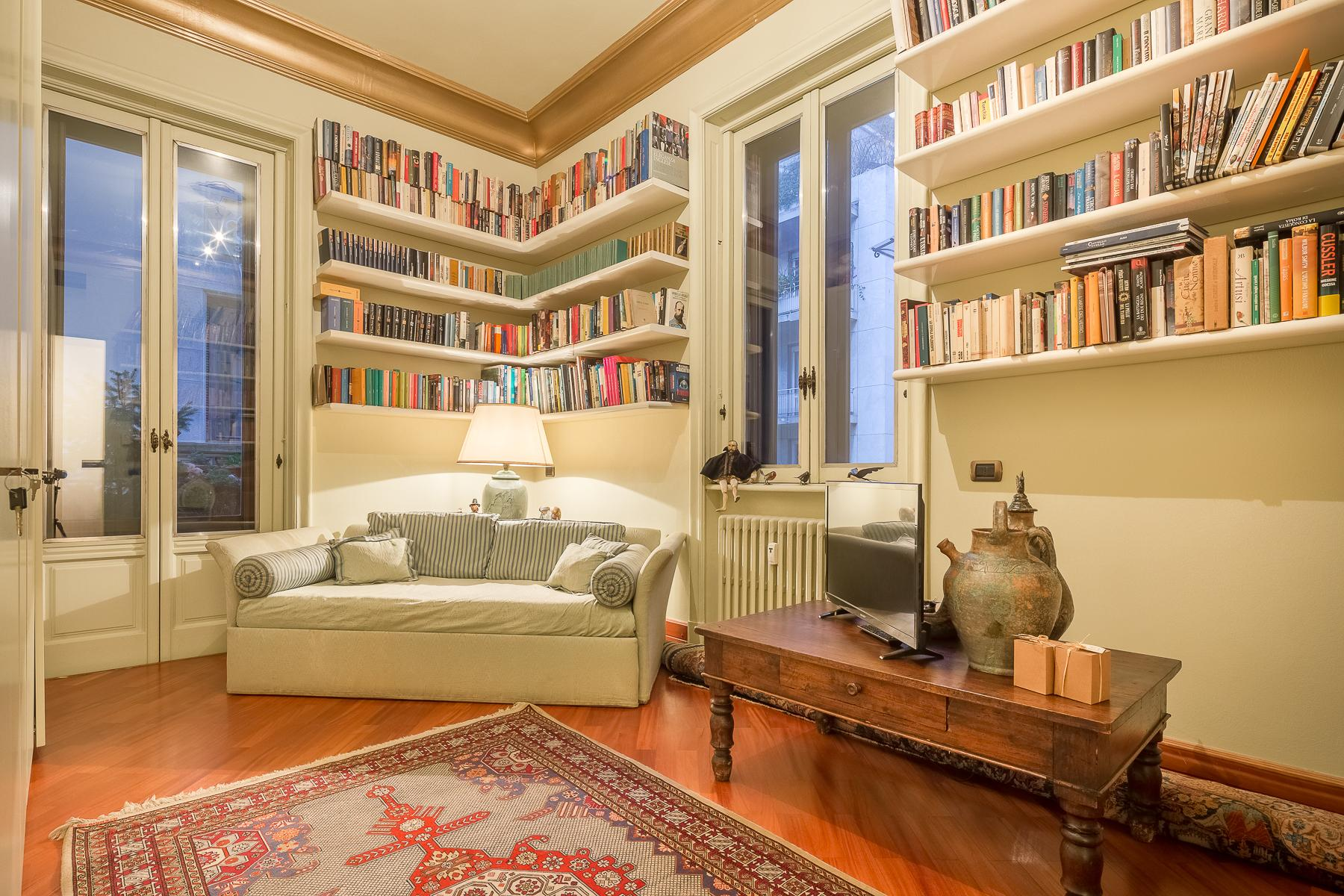 Elegant apartment in the center of Milan - 8