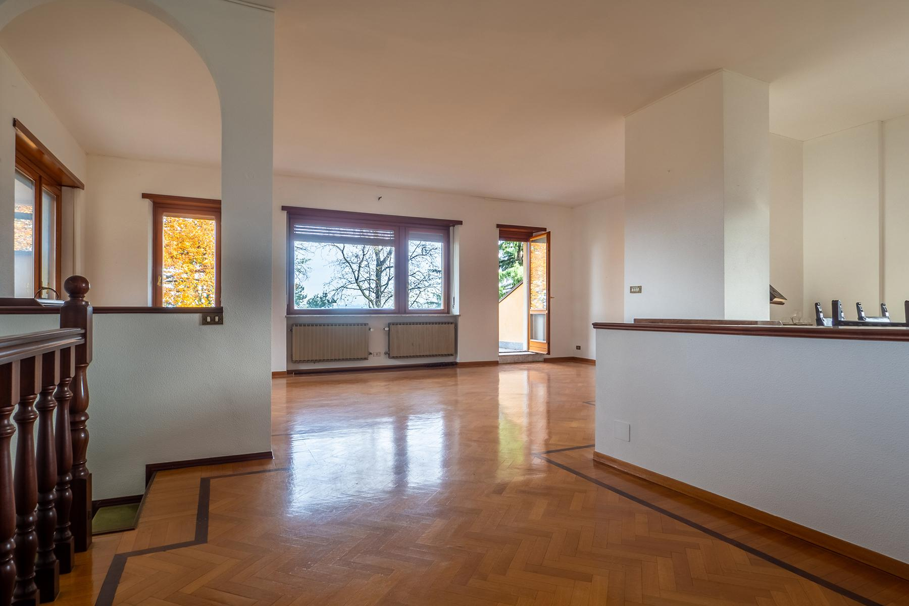Villa with private garden and  stunning view of the city of Turin - 1