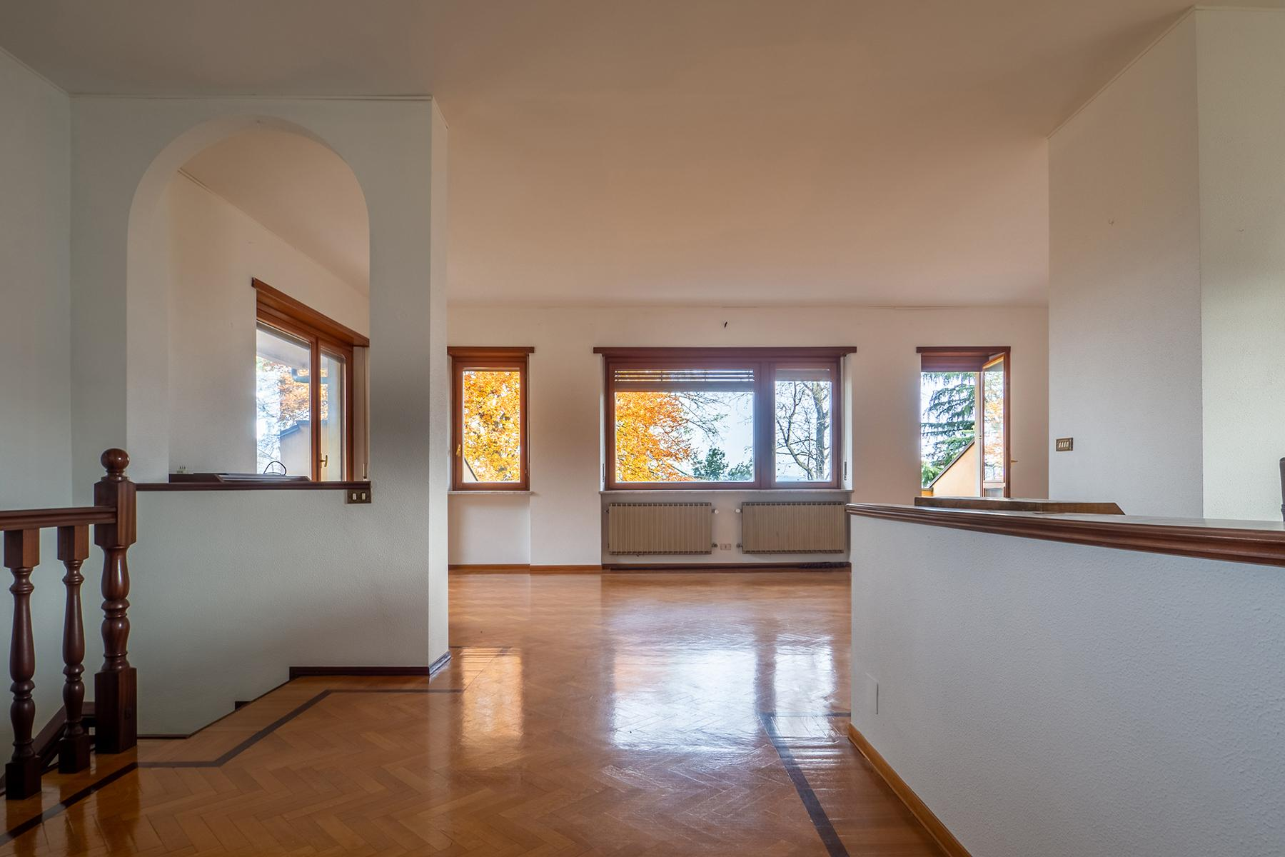 Villa with private garden and  stunning view of the city of Turin - 3