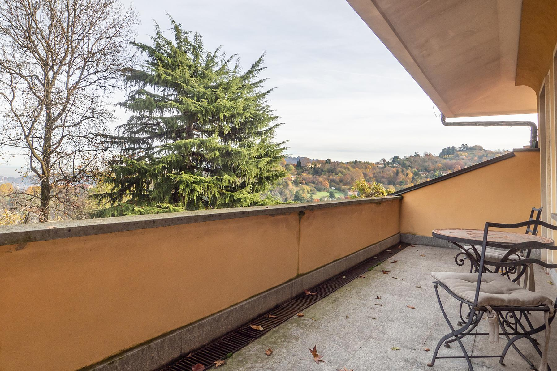 Villa with private garden and  stunning view of the city of Turin - 7