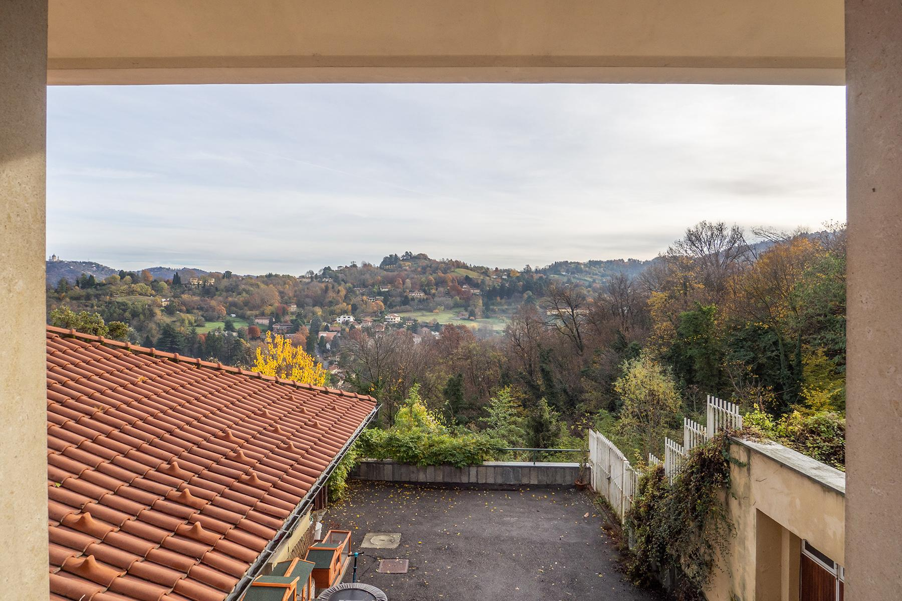 Villa with private garden and  stunning view of the city of Turin - 8