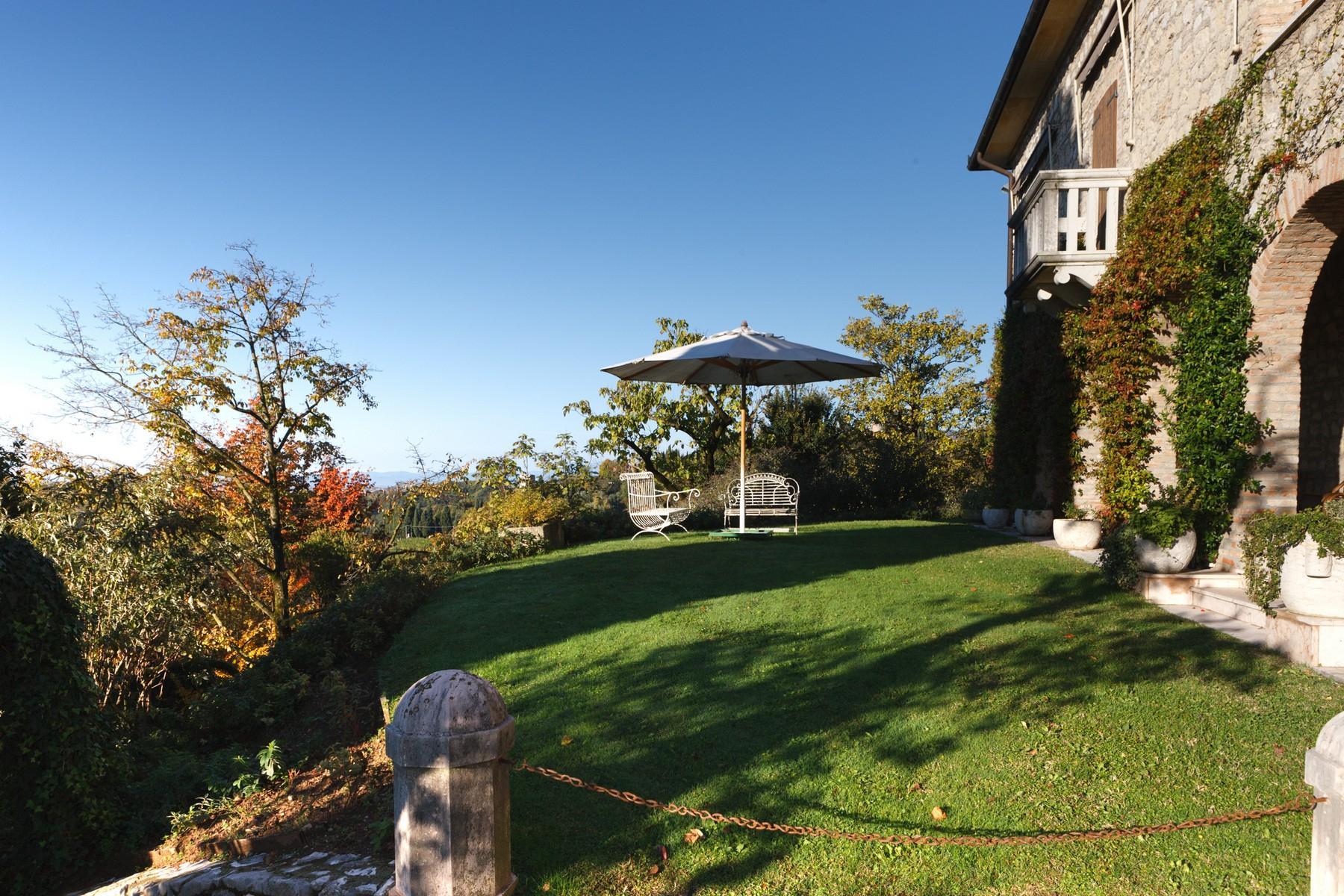 Spettacolare villa con piscina con vista totale sui colli asolani - 15