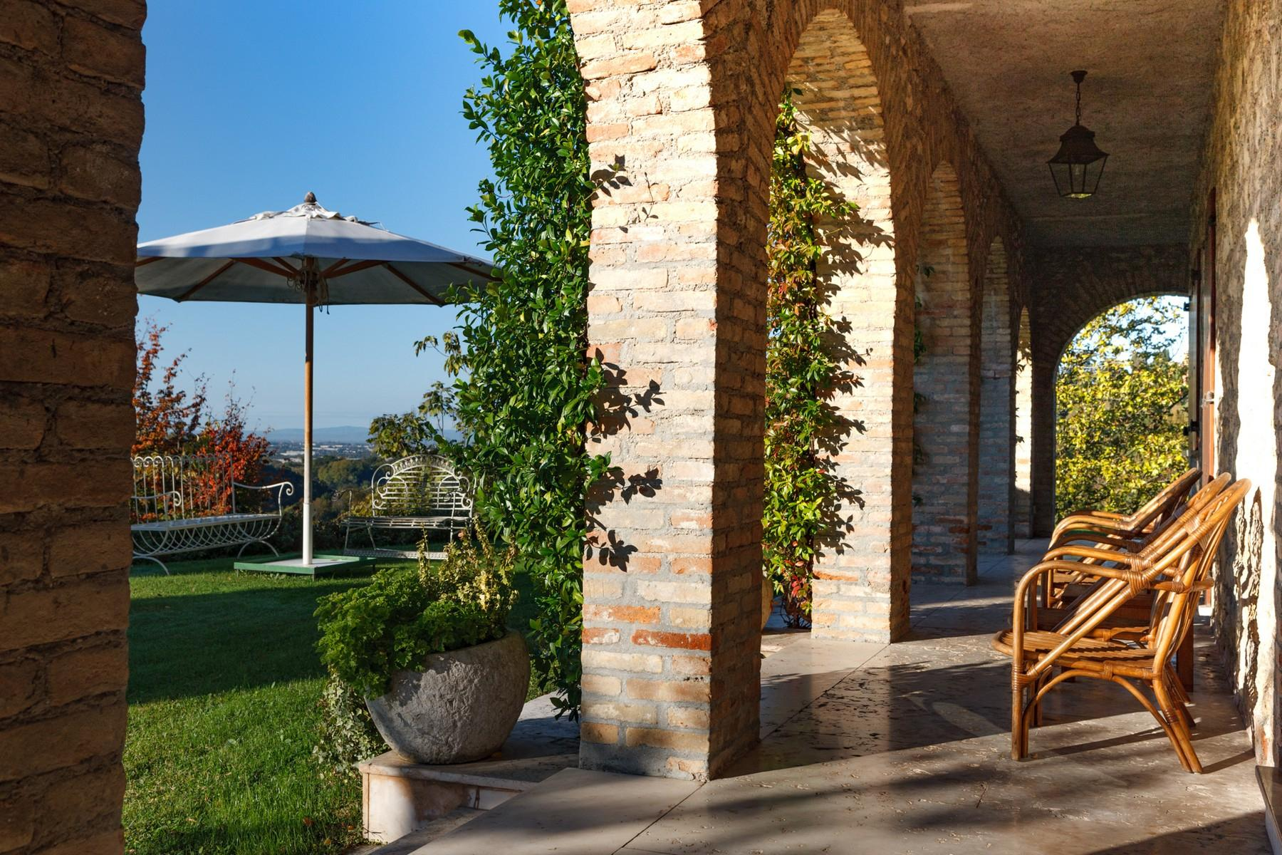 Villa with panoramic view of the hills surrounding Asolo - 18