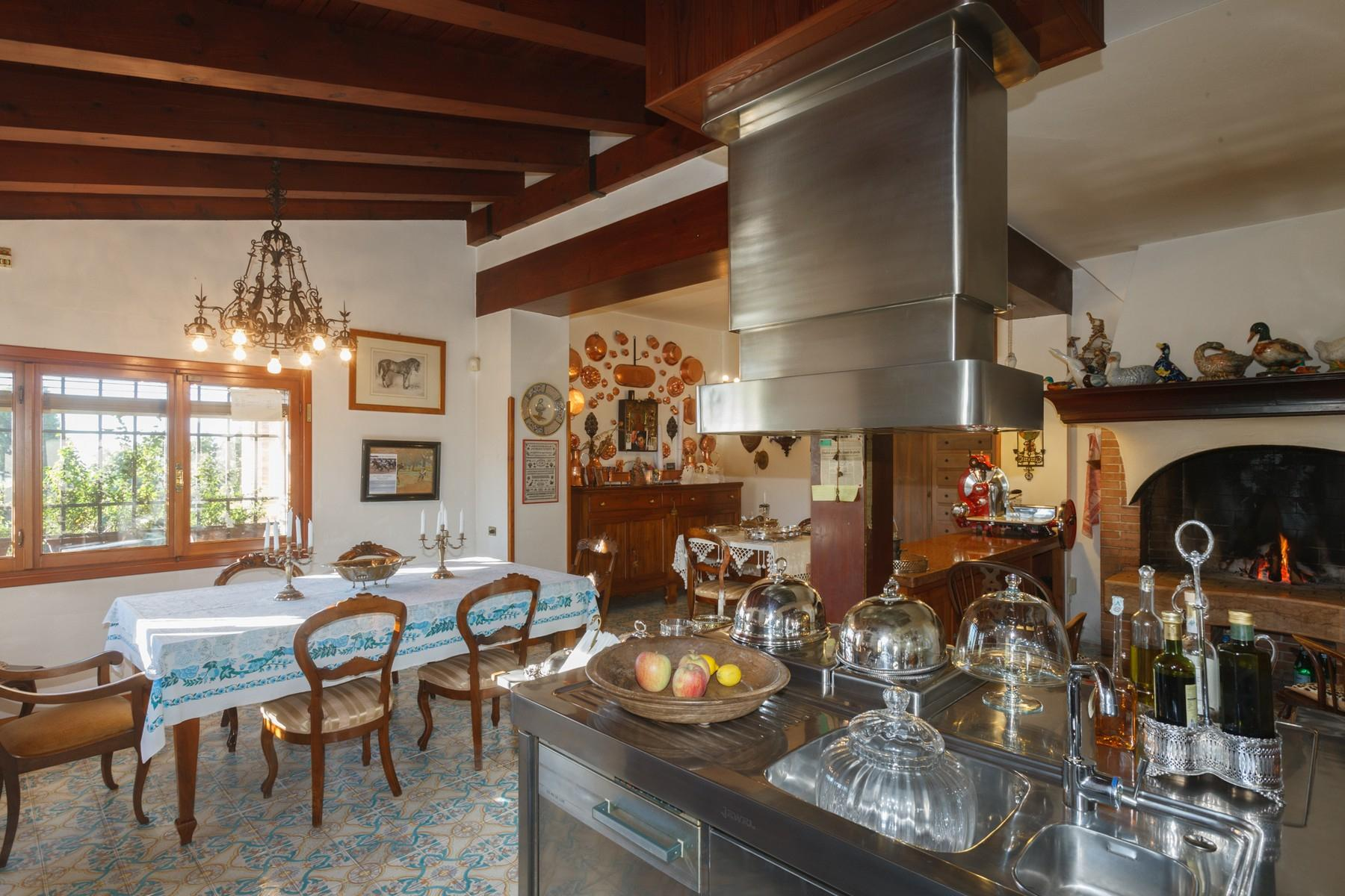 Villa with panoramic view of the hills surrounding Asolo - 8