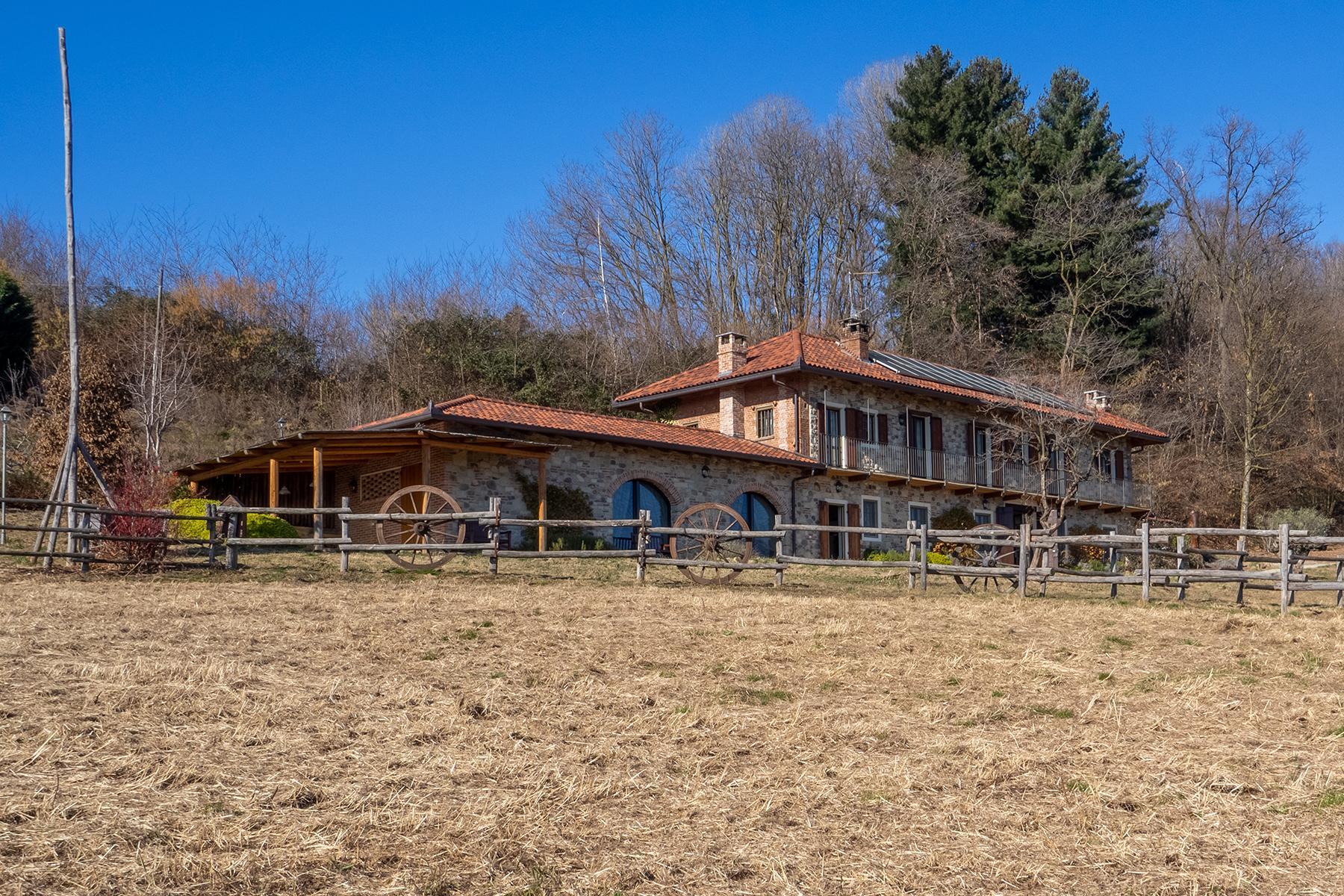 Villa moderna a Biella - 1