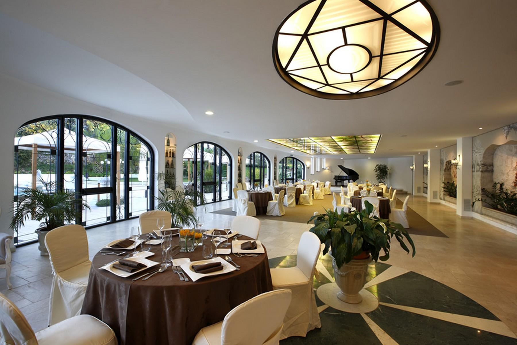 Villa de prestige avec jardin et piscine - 3