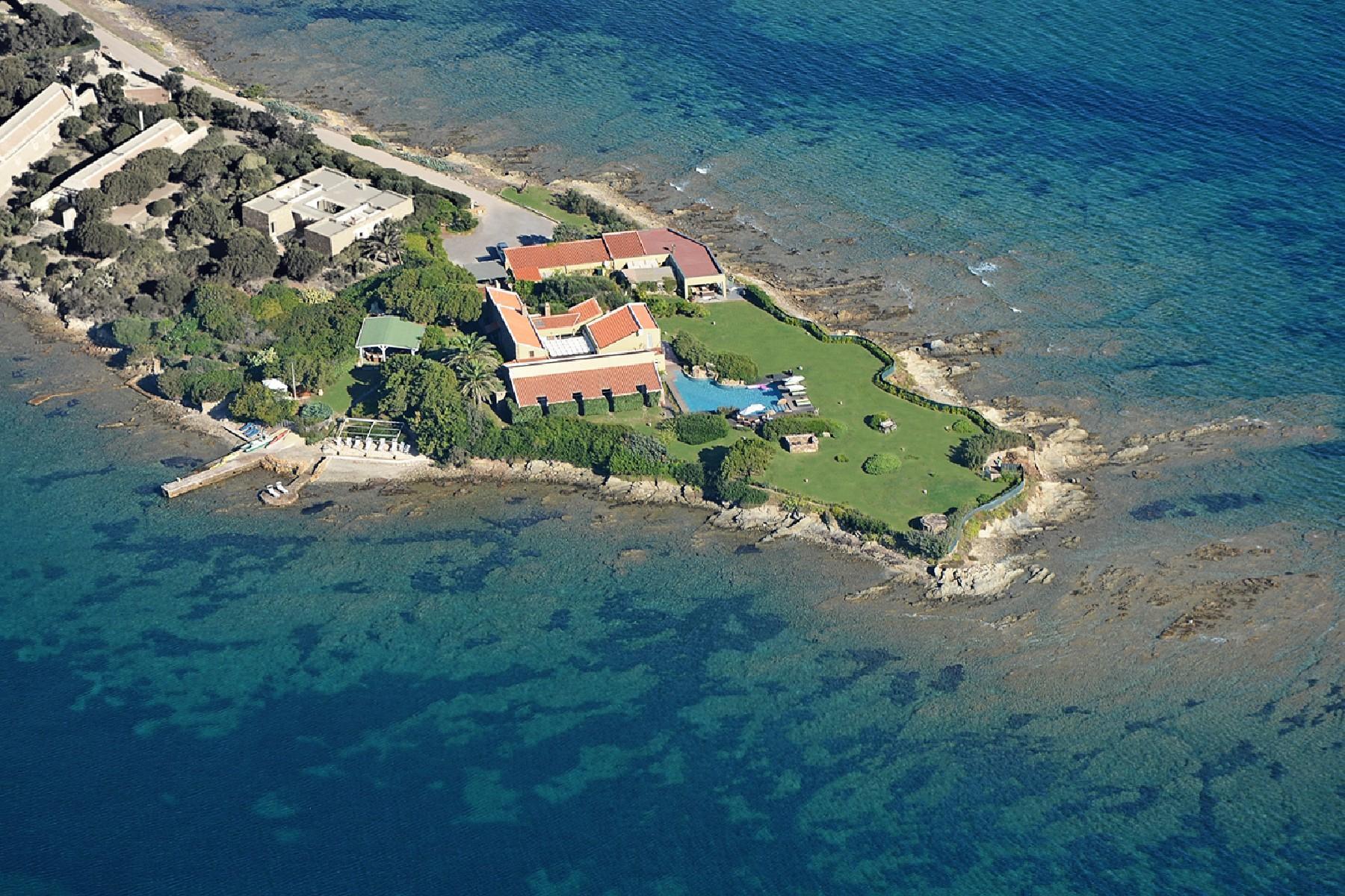 Pieds-dans-l'eau Villa auf einer privaten Halbinsel - 3