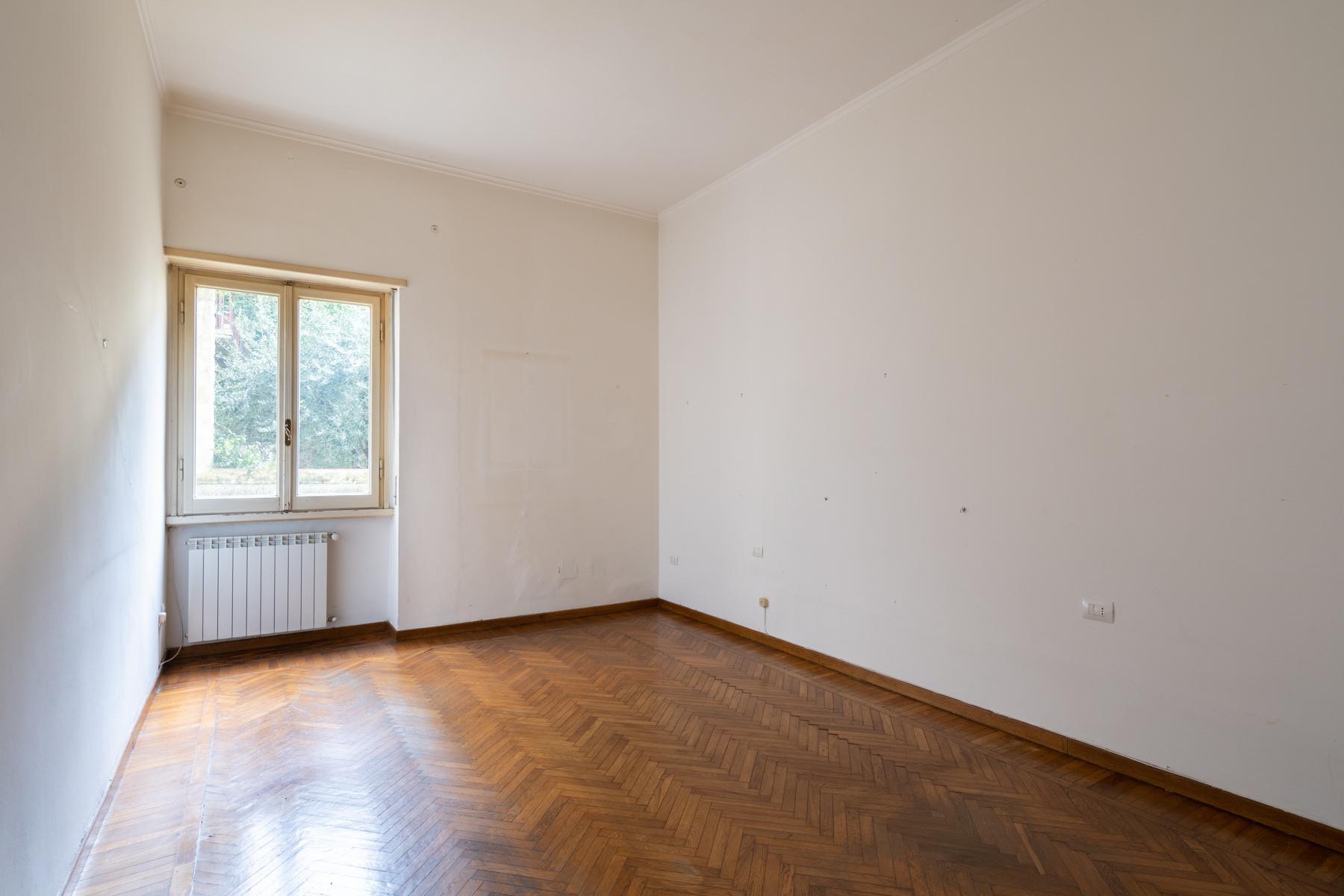 Large apartment on Lungarno Vespucci - 9