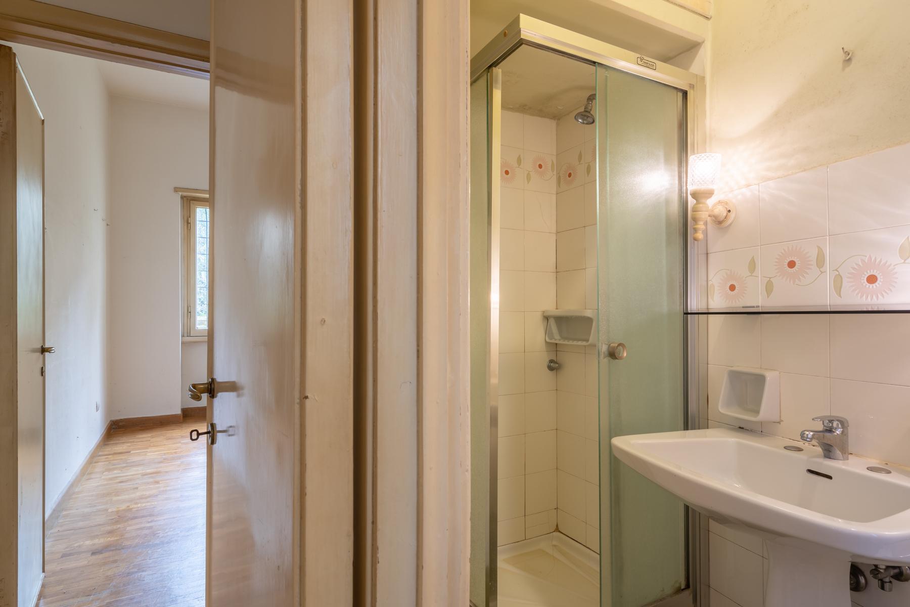 Large apartment on Lungarno Vespucci - 11