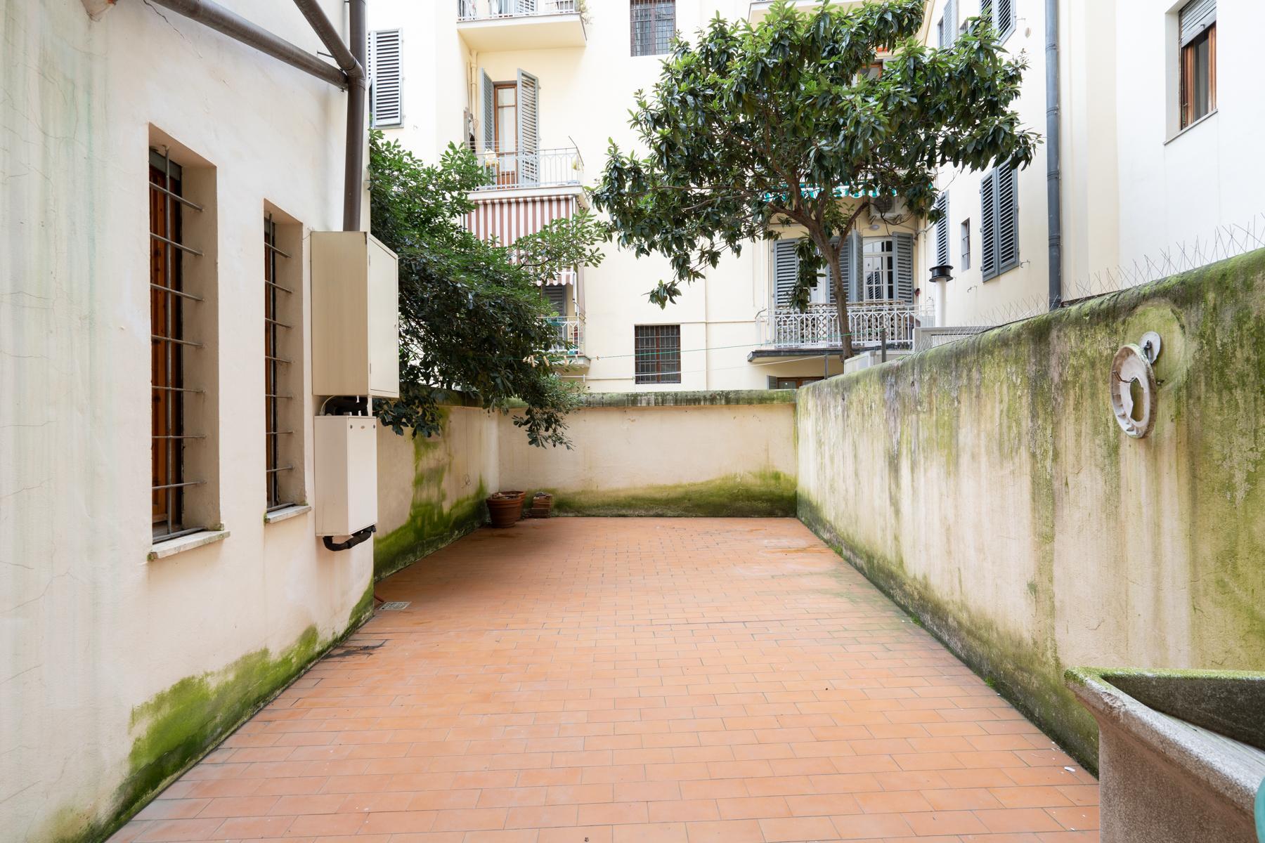 Large apartment on Lungarno Vespucci - 12
