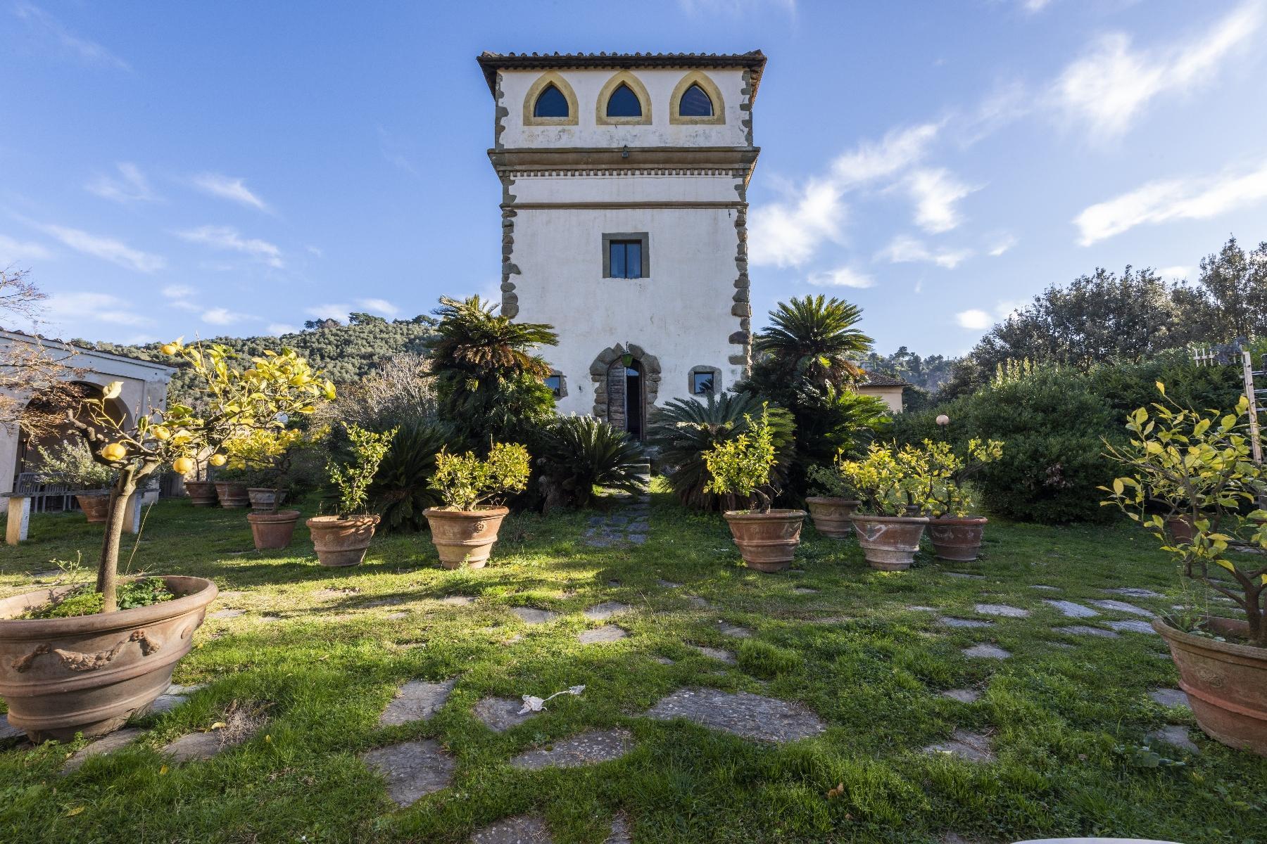 Superbe villa historique avec tour à Camaiore - 18
