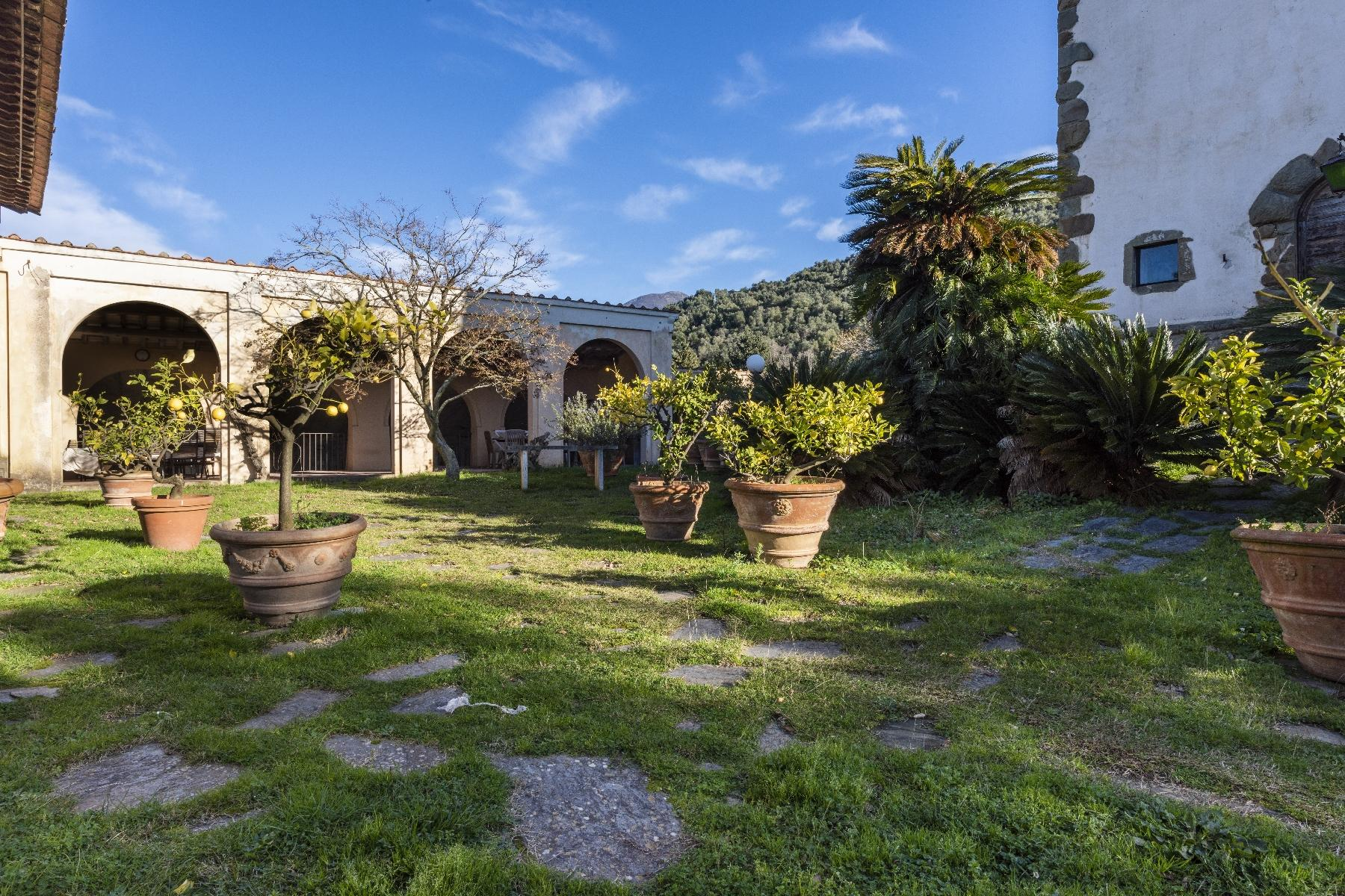 Stunning historic Villa with tower in Camaiore - 19
