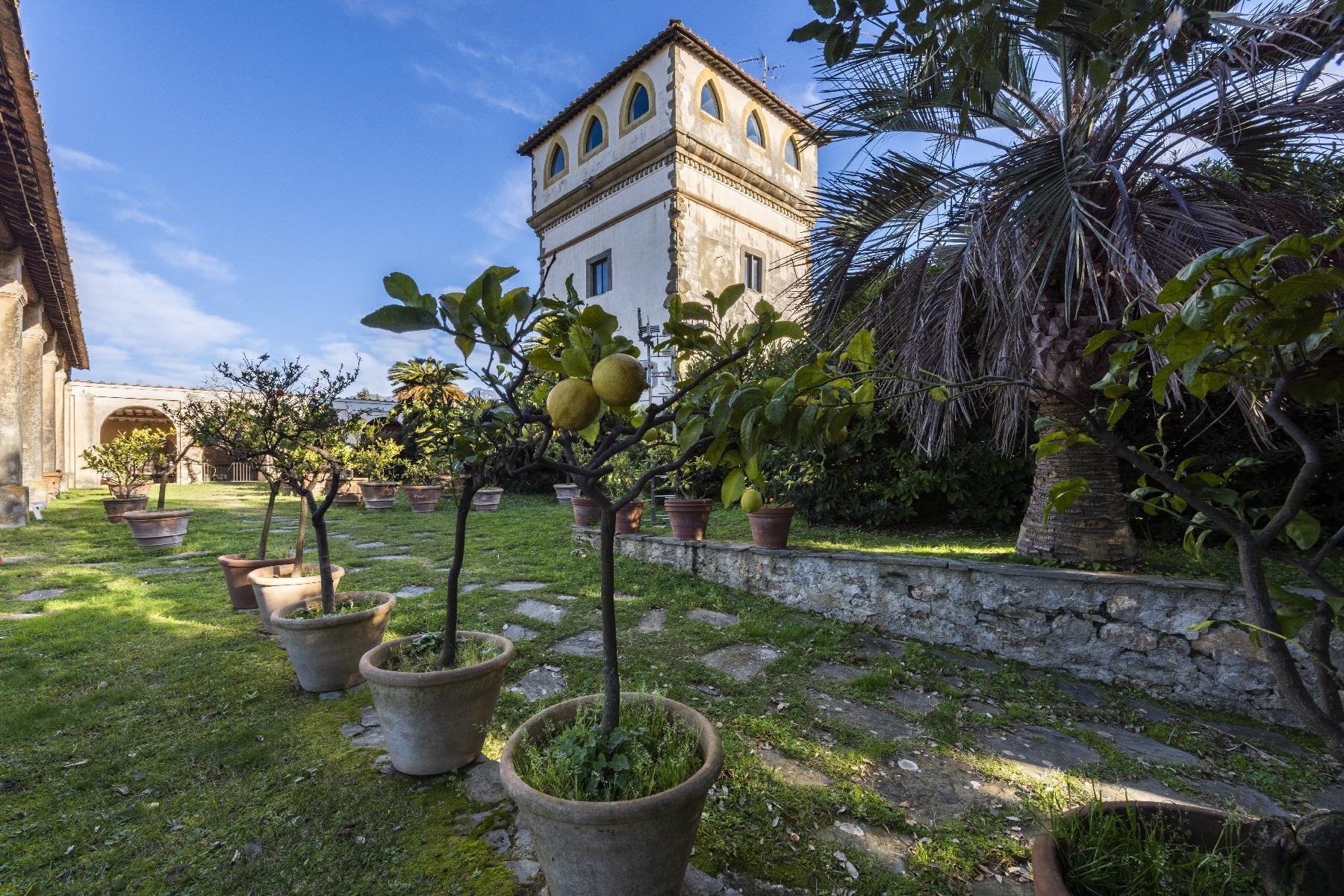 Superbe villa historique avec tour à Camaiore - 23