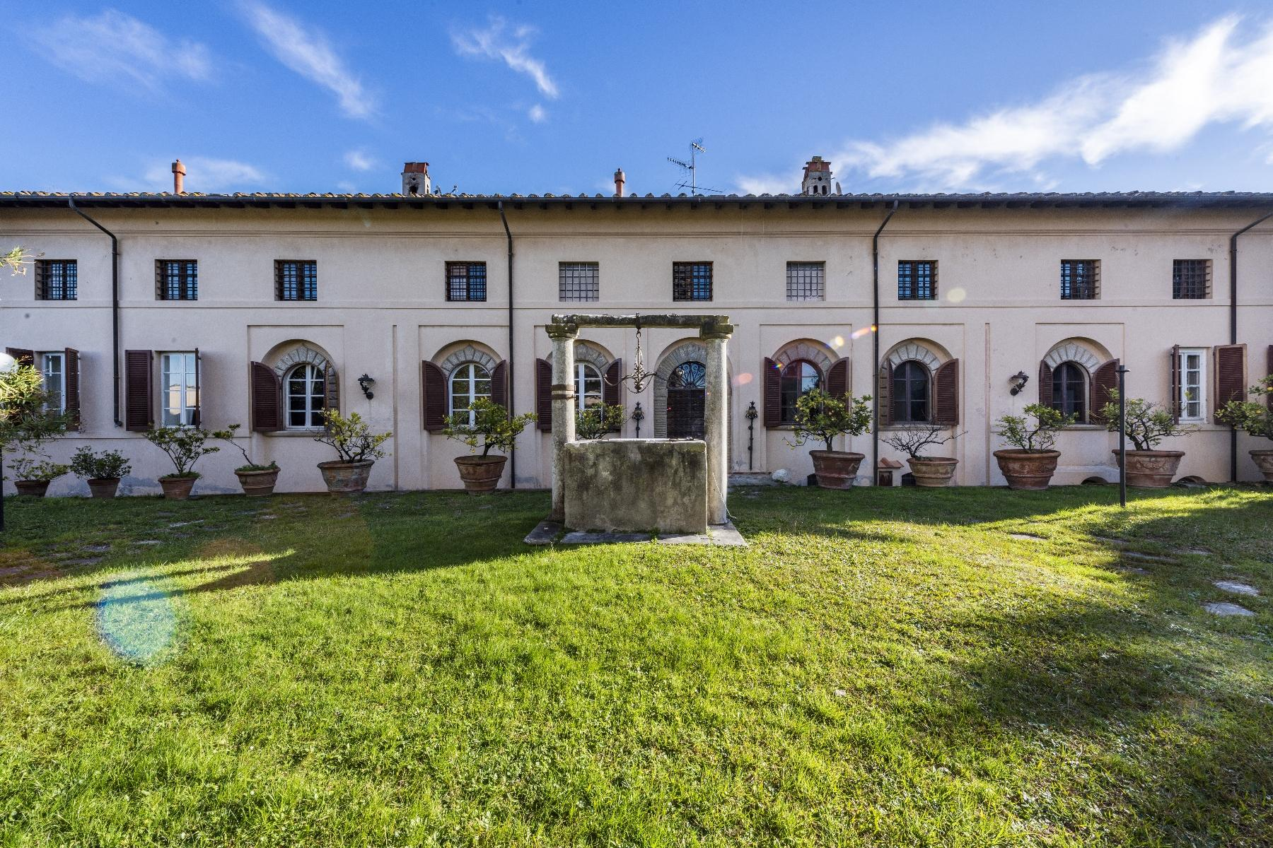 Superbe villa historique avec tour à Camaiore - 3