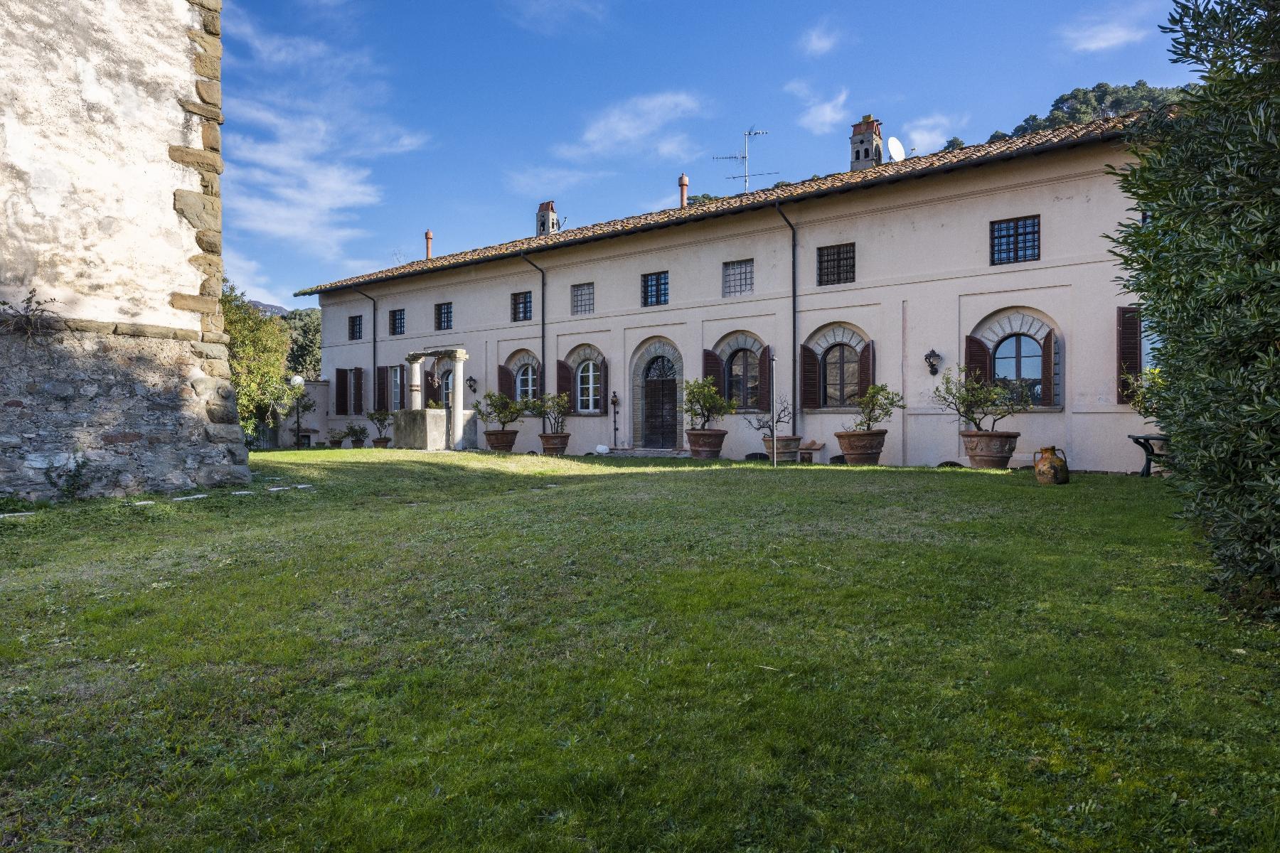 Superbe villa historique avec tour à Camaiore - 27