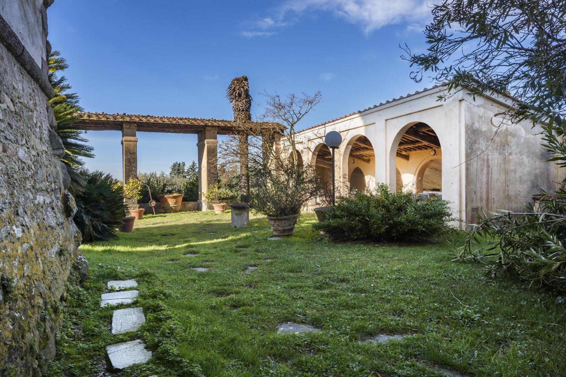 Superbe villa historique avec tour à Camaiore - 24