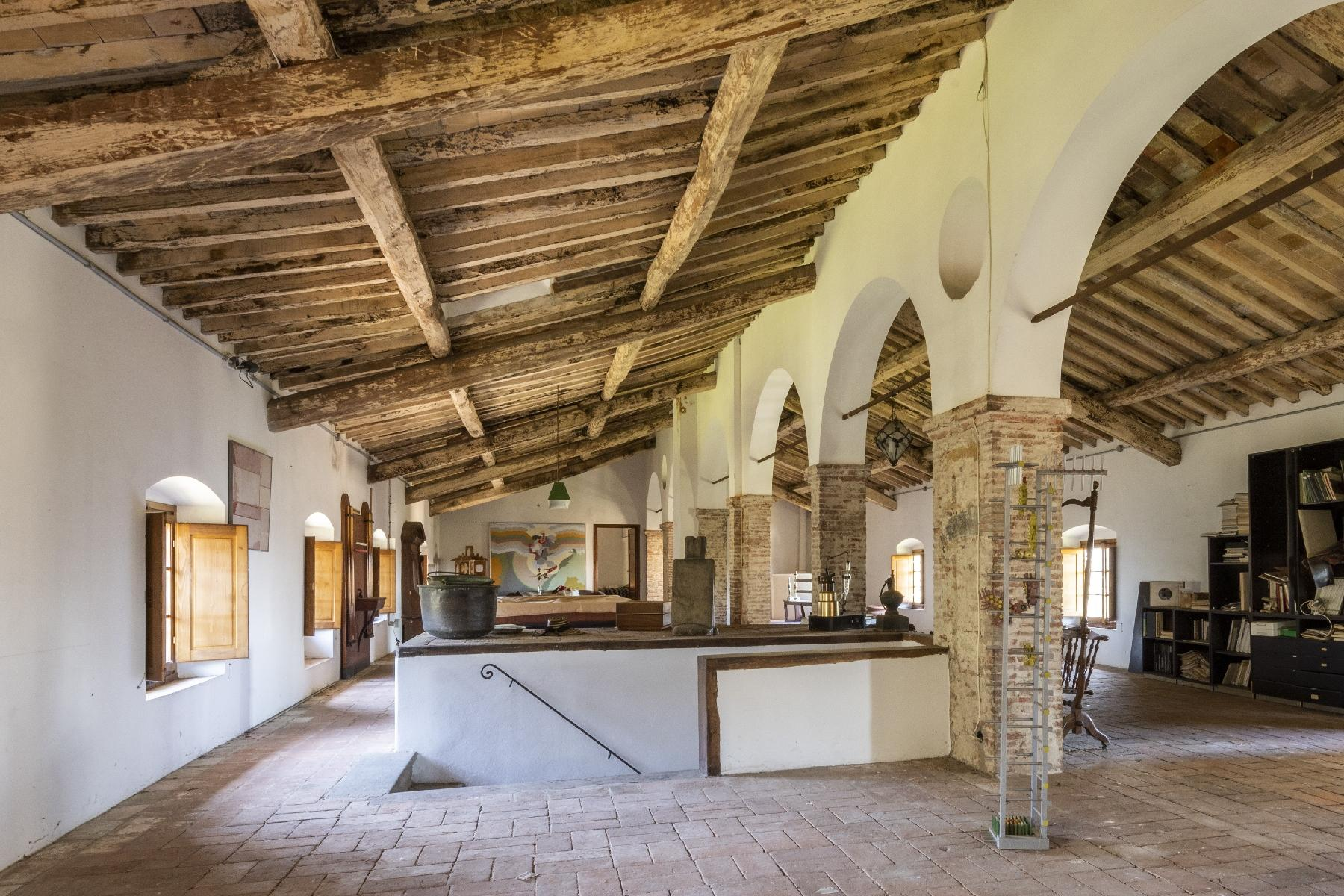 Stunning historic Villa with tower in Camaiore - 11