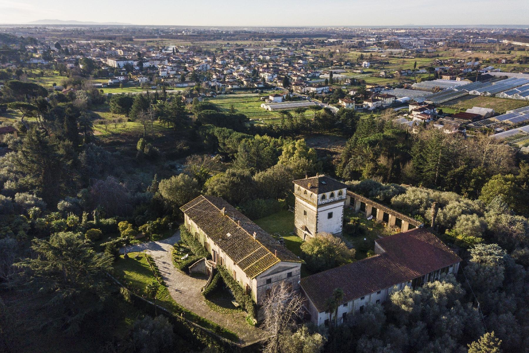 Superbe villa historique avec tour à Camaiore - 29
