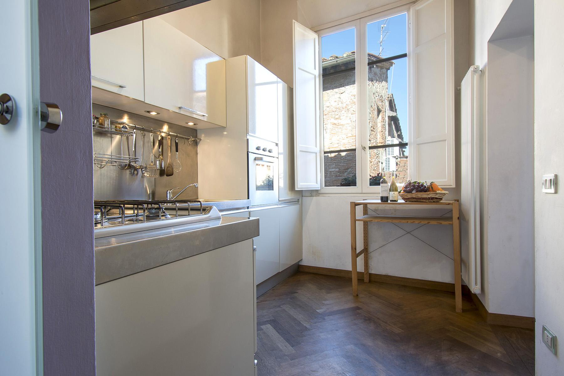 Beautiful apartment in the historic centre of Lucca - 6