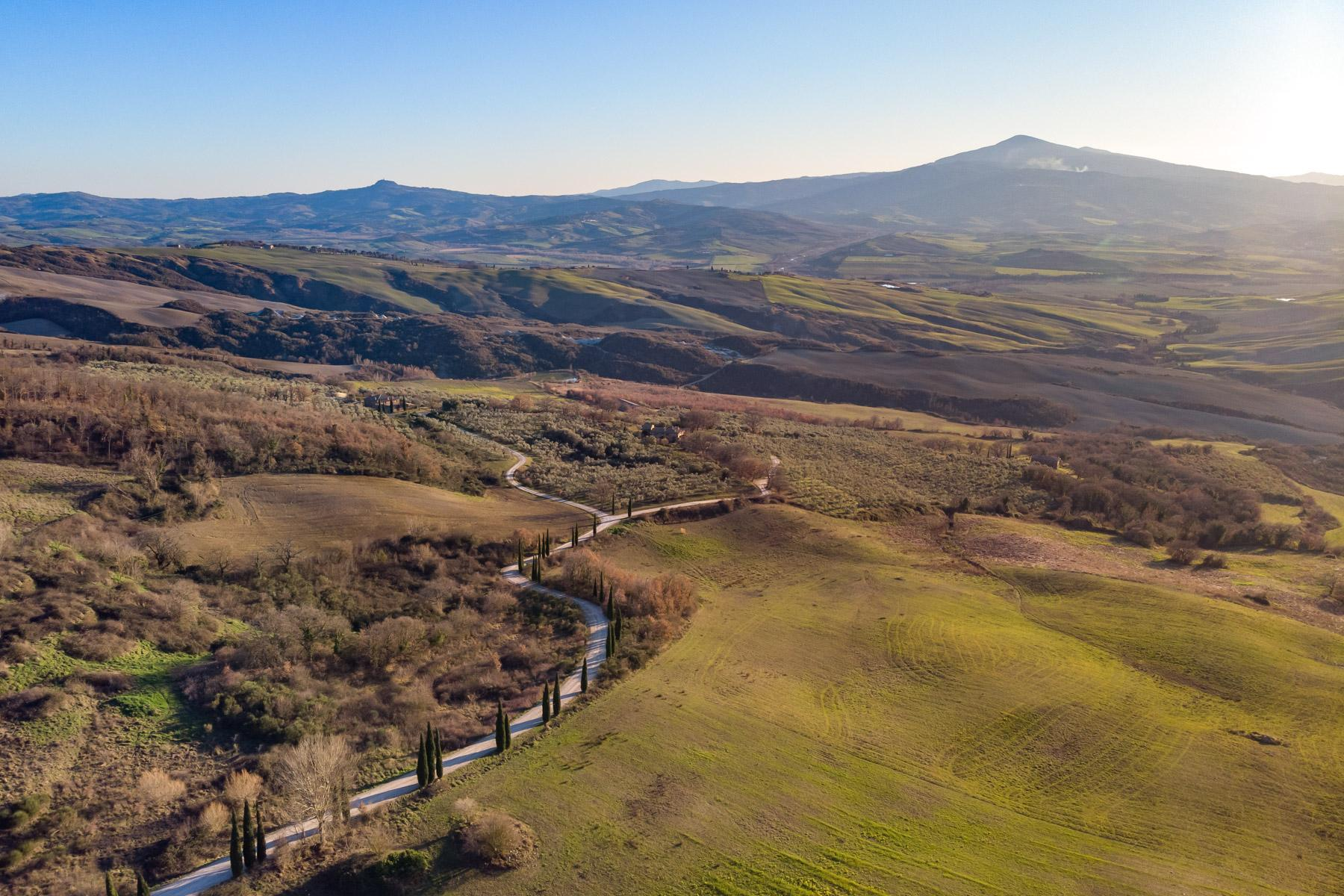 Magnificent Panoramas of the Val d'Orcia - 5