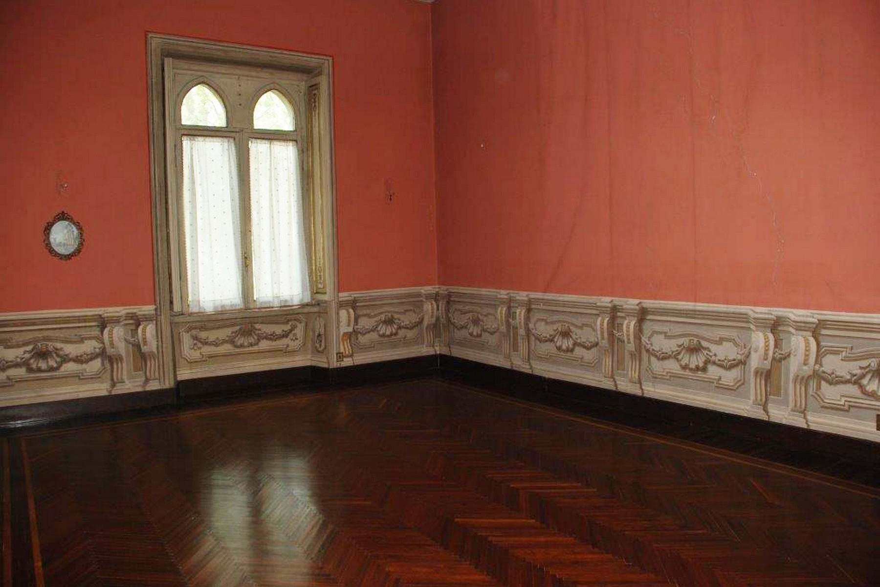 Astonishing moresque Palazzo in the historical city center - 9
