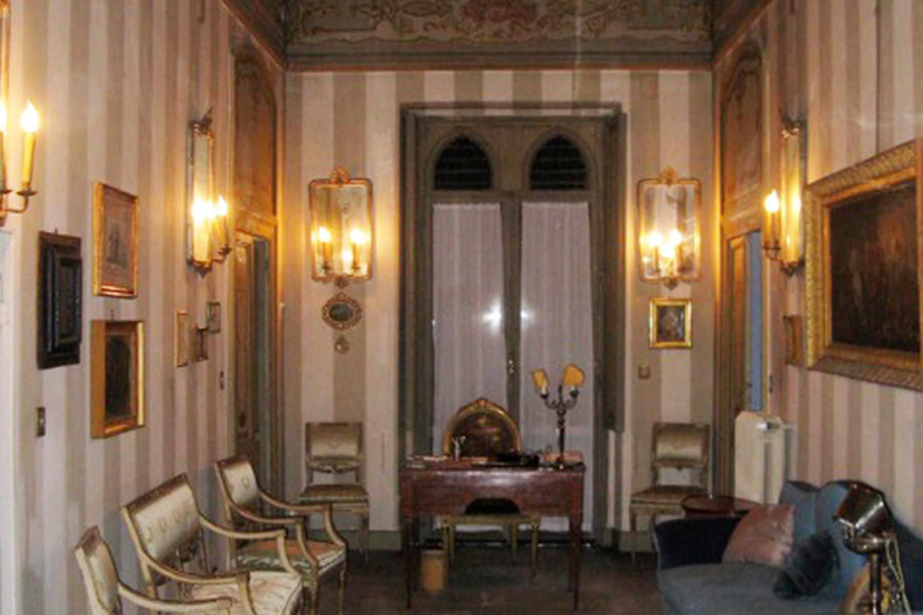 Astonishing moresque Palazzo in the historical city center - 13