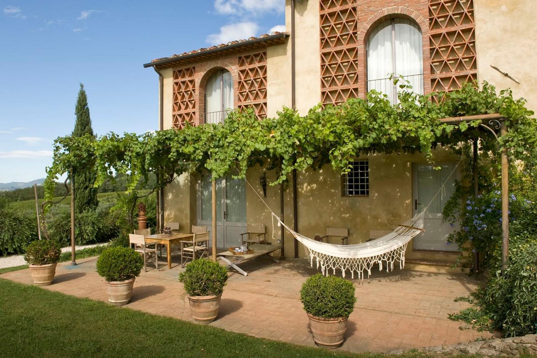 Fantastique maison de campagne avec lac privé sur les collines  de Lucca - 2