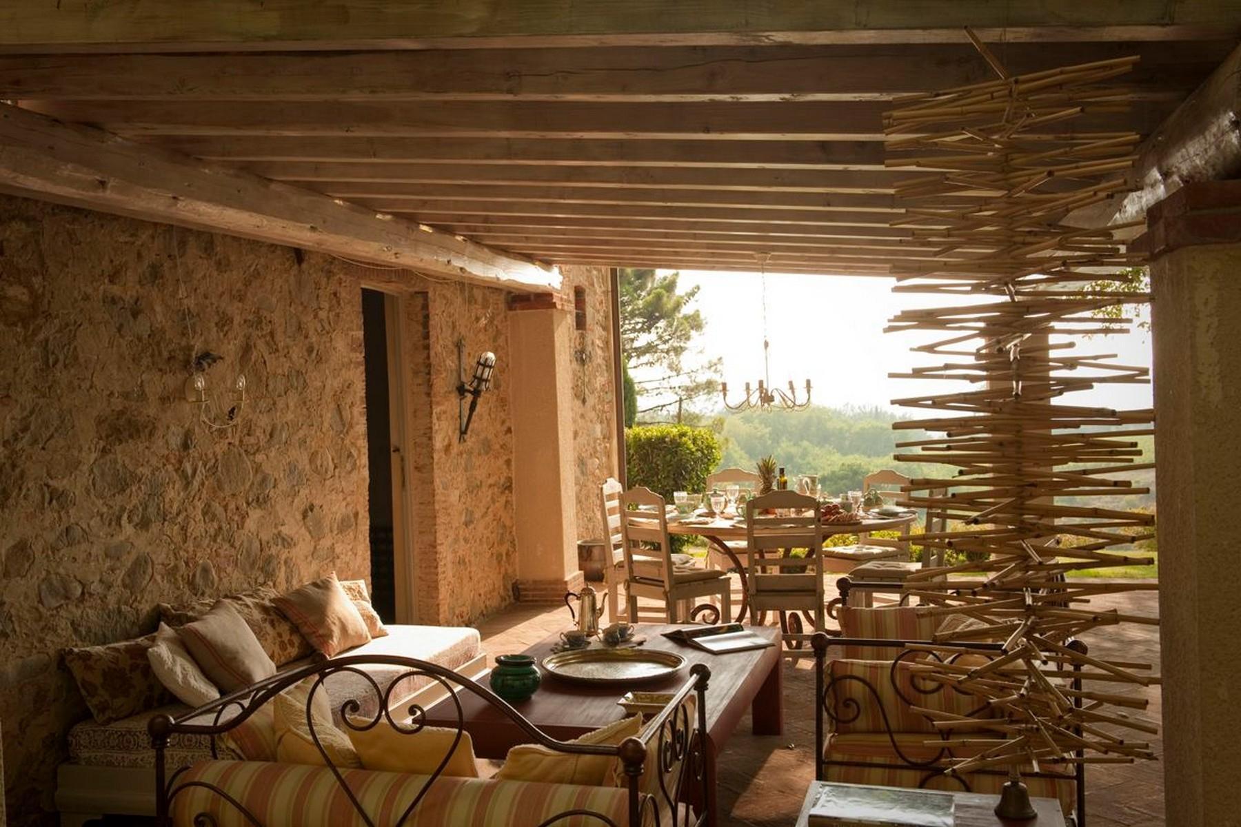 Фантастический загородный дом с частным озером на холмах вокруг Лукки - 5